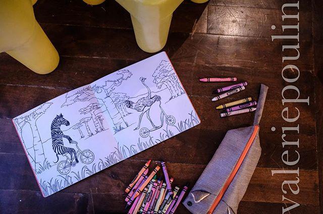✨ . 📷 @valpoulinphoto . #kidsstuff #craft #artisanat #handmade #handmadecraftfair #slowfashion #newborn #coloriage #montreal #handmademontreal #magic #raplapla #shop #popup #onetime #november