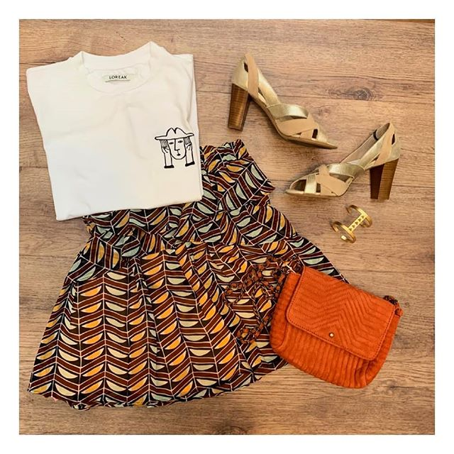 Look ethnique, parfait pour affronter les fortes chaleurs avec élégance.  Des pièces coups de coeur? Parlez-en à votre styliste!  #lamallefrancaise #soyezvousmeme#boxmode #styliste #ootd  #loreak #scotchandsoda #sessun #mmoustache #ohlala