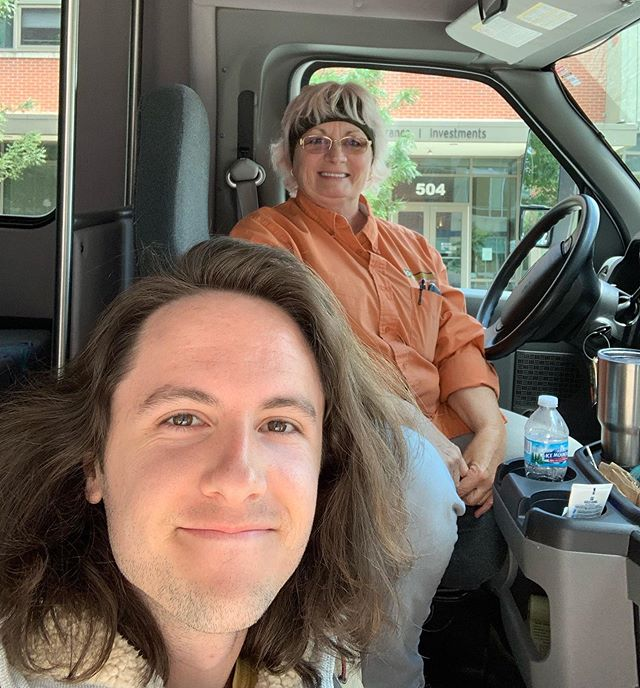 Me & my shuttle bus driver in Bloomington. @comedyattic this weekend w/ area heartthrob @langstonkerman. One show tonight, two tomorrow, two Saturday. If u need a ride hit us up