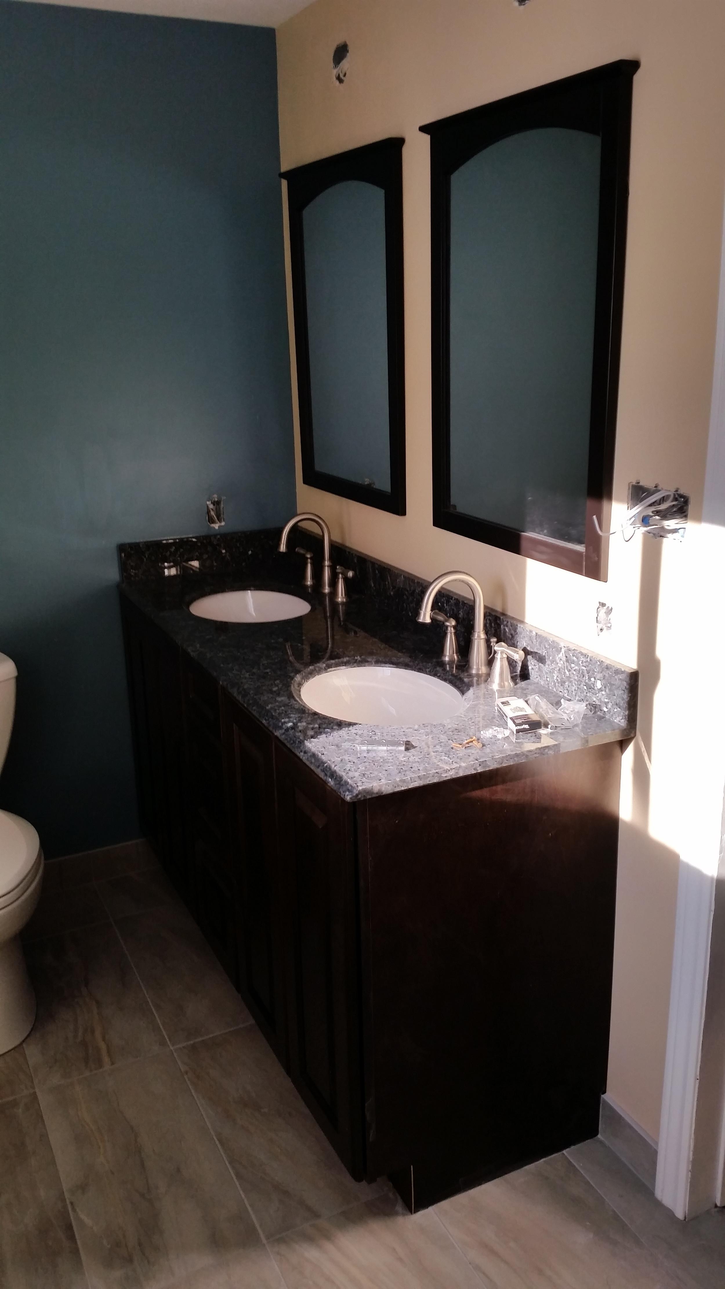 Bathroom_2_1.jpg