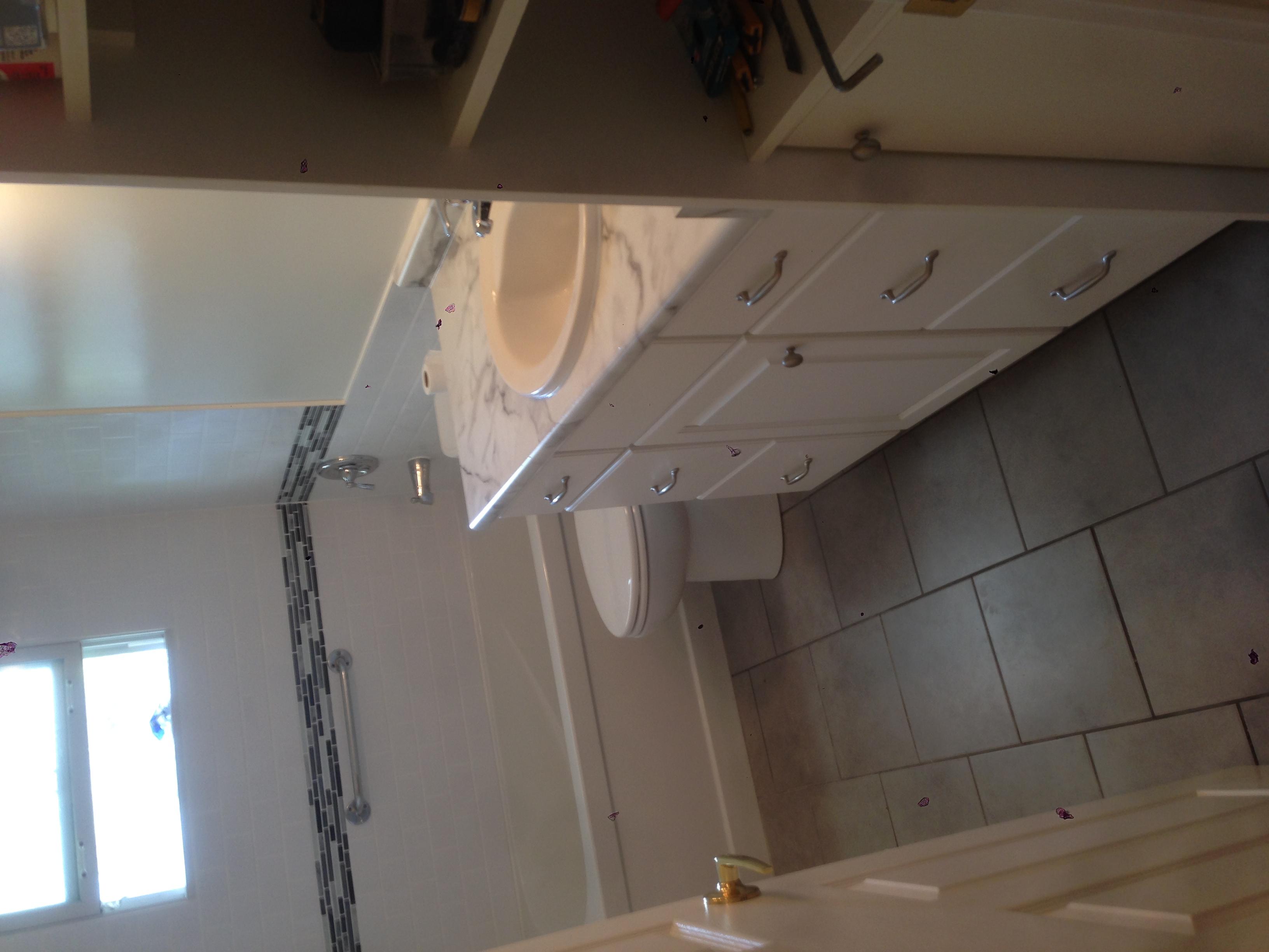 Bathroom_6_1.JPG