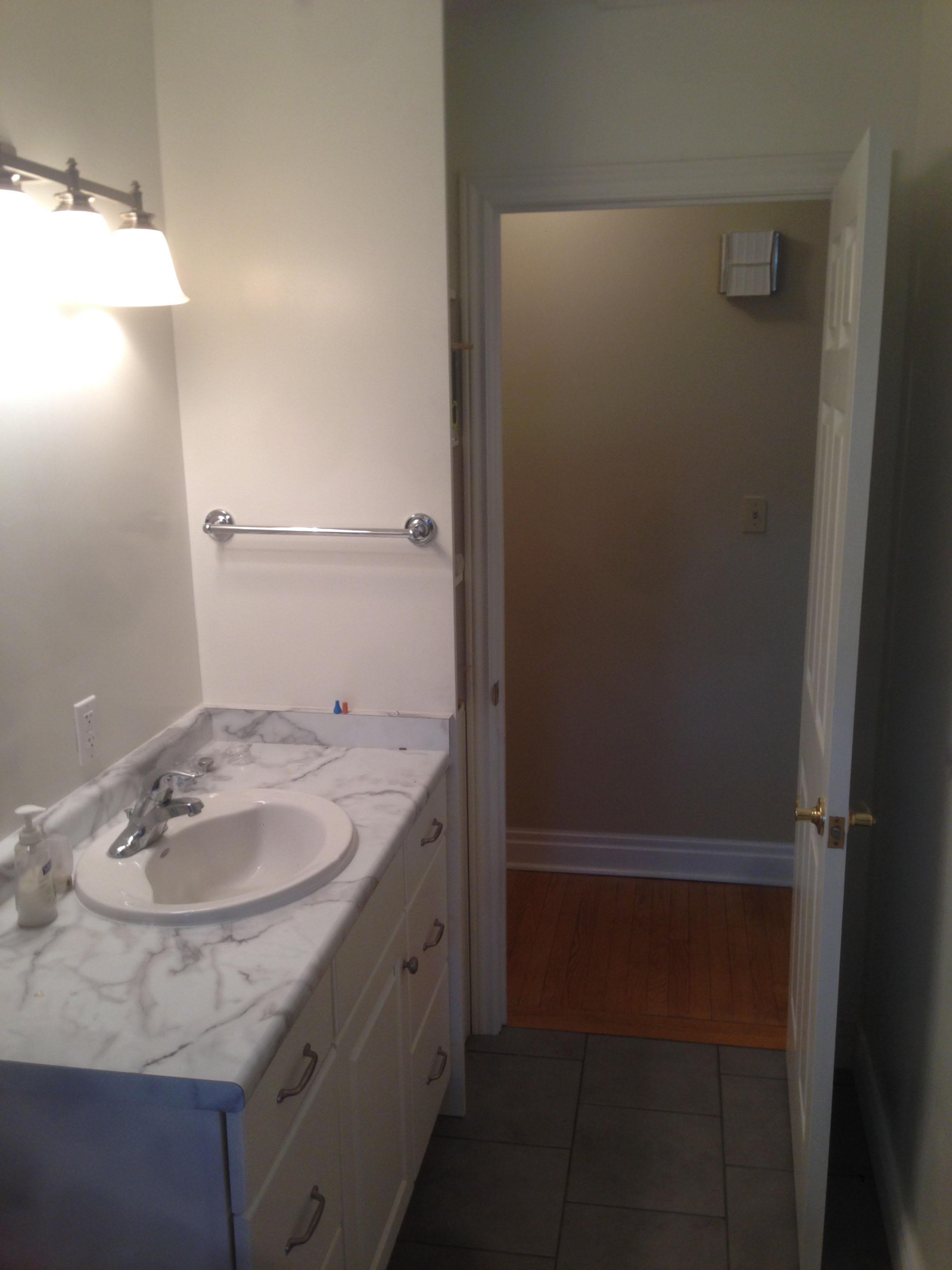 Bathroom_6_9.JPG