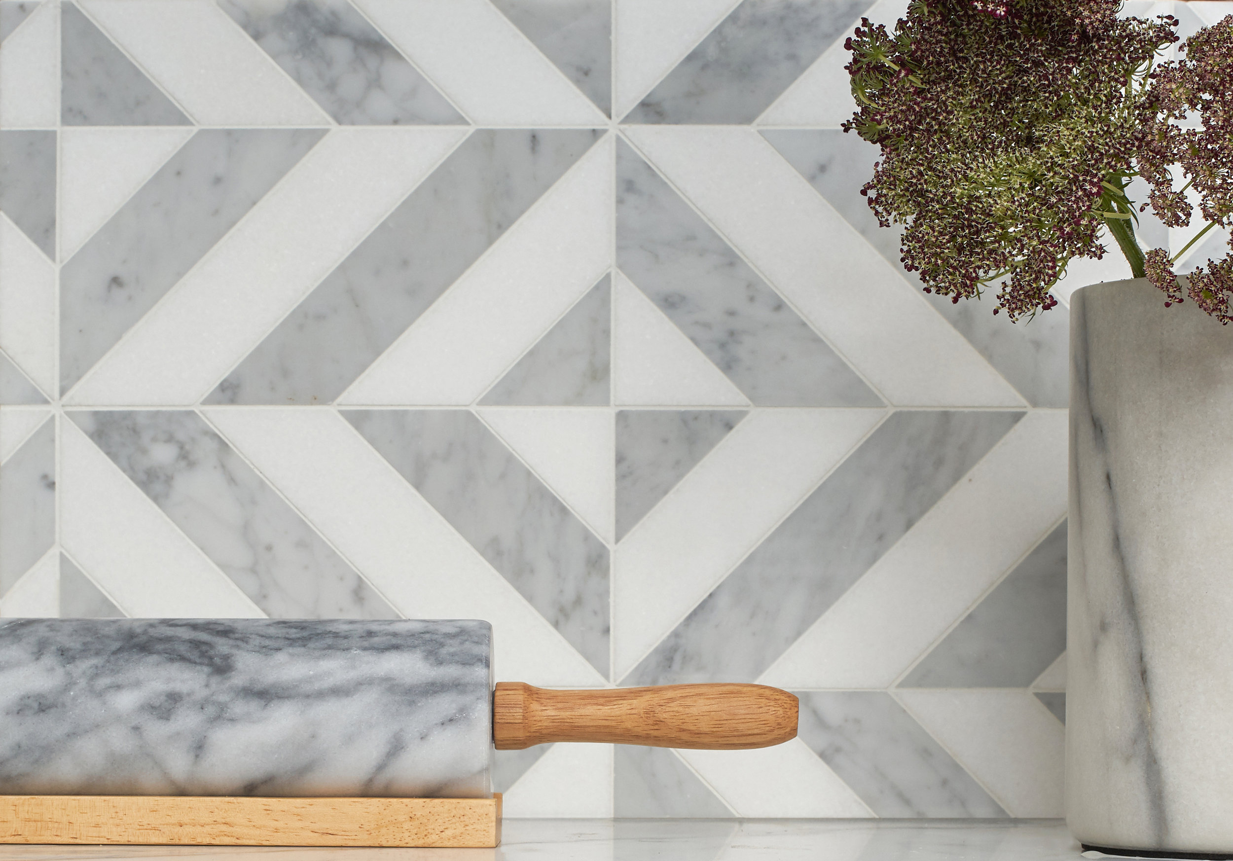 MS - Marble Systems -Studio Mosaic Marina Chevron Thassos, White Carrara - Mosaic - Backsplash.jpg