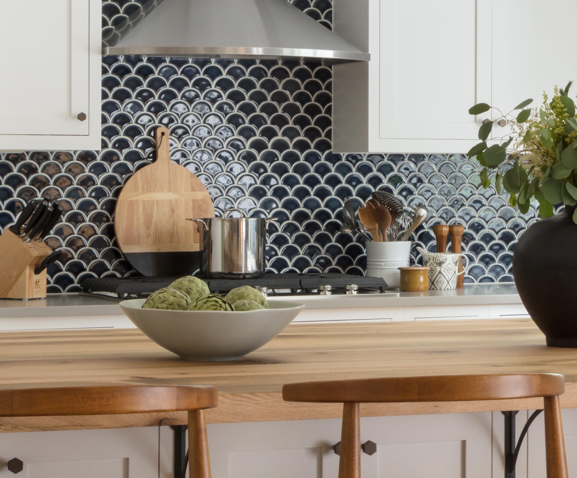 PR- Pratt & Larson - Small fan pattern A W96 - Ceramic - Kitchen.jpg