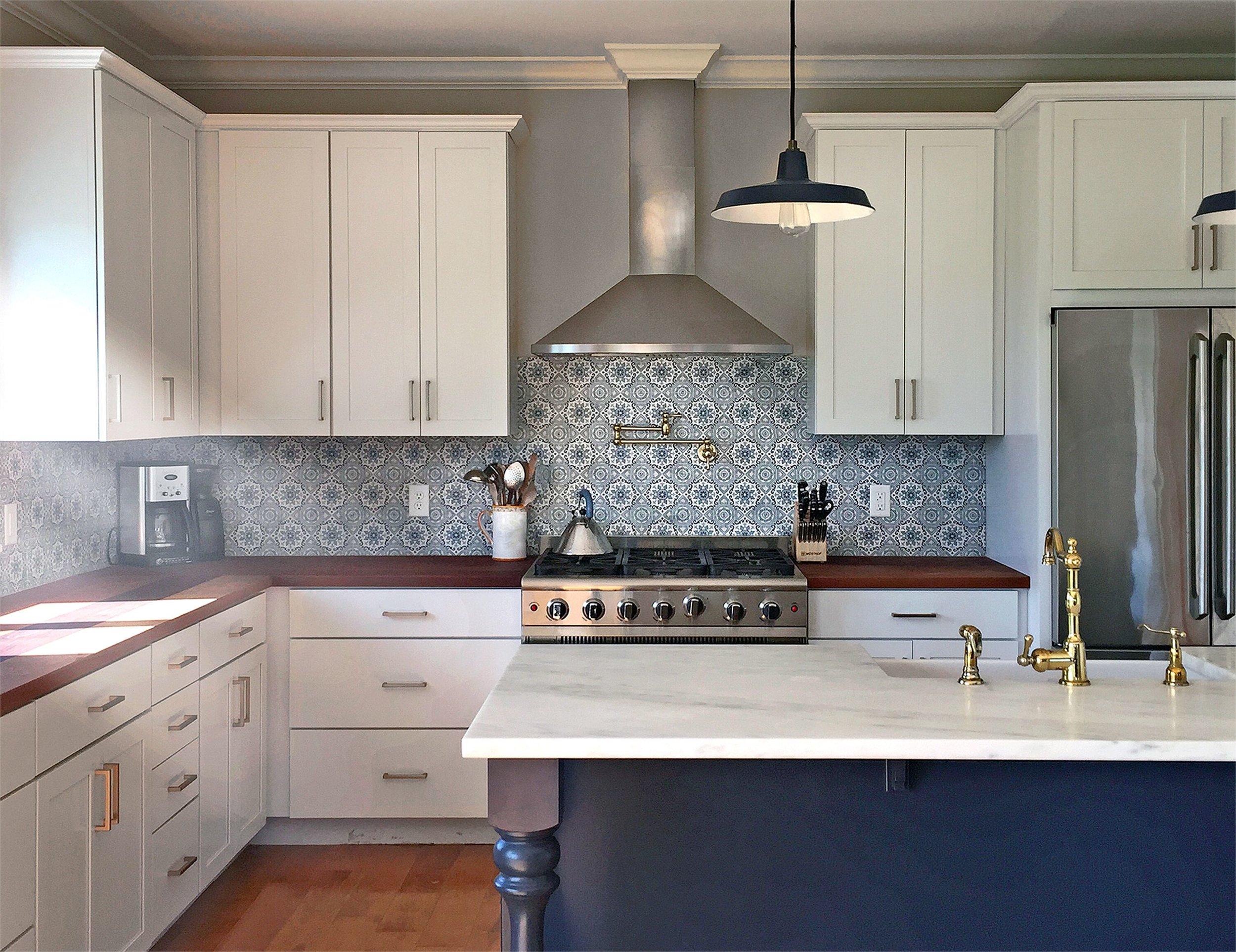 STI - Stone Impressions - Sanza Snowflake Blue - Natural Stone - Kitchen.jpg