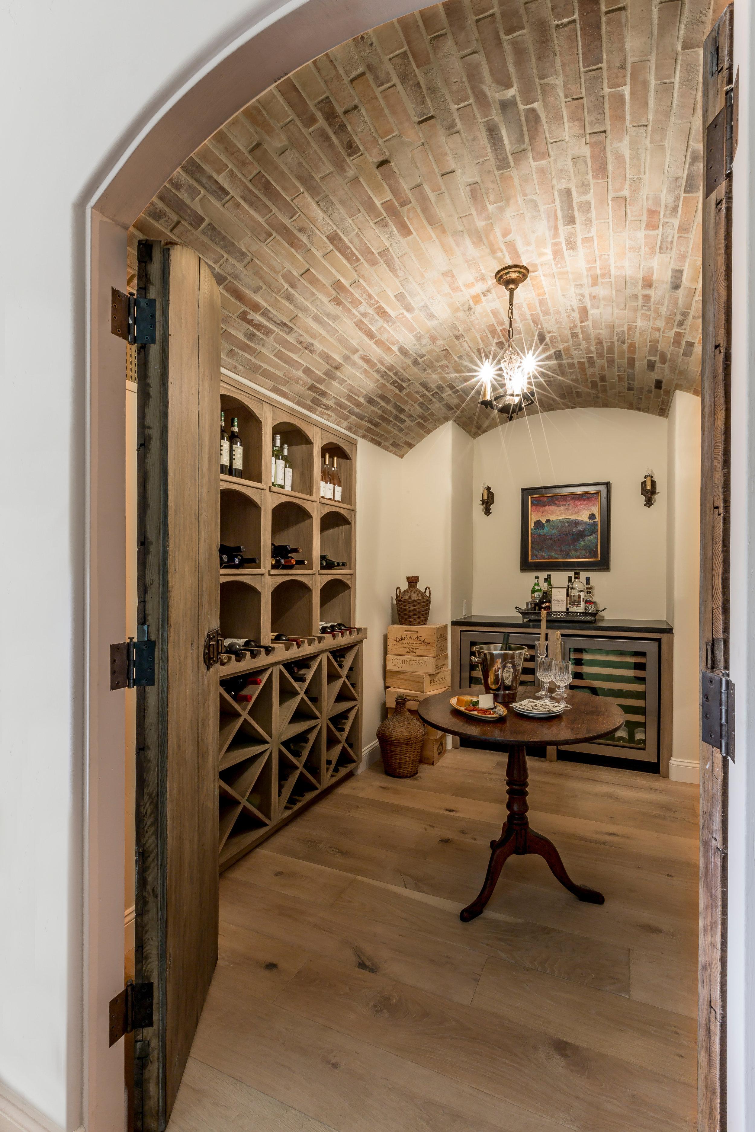 AB - Arto - Antik Brick Creme Fraiche - Living Spaces.jpg