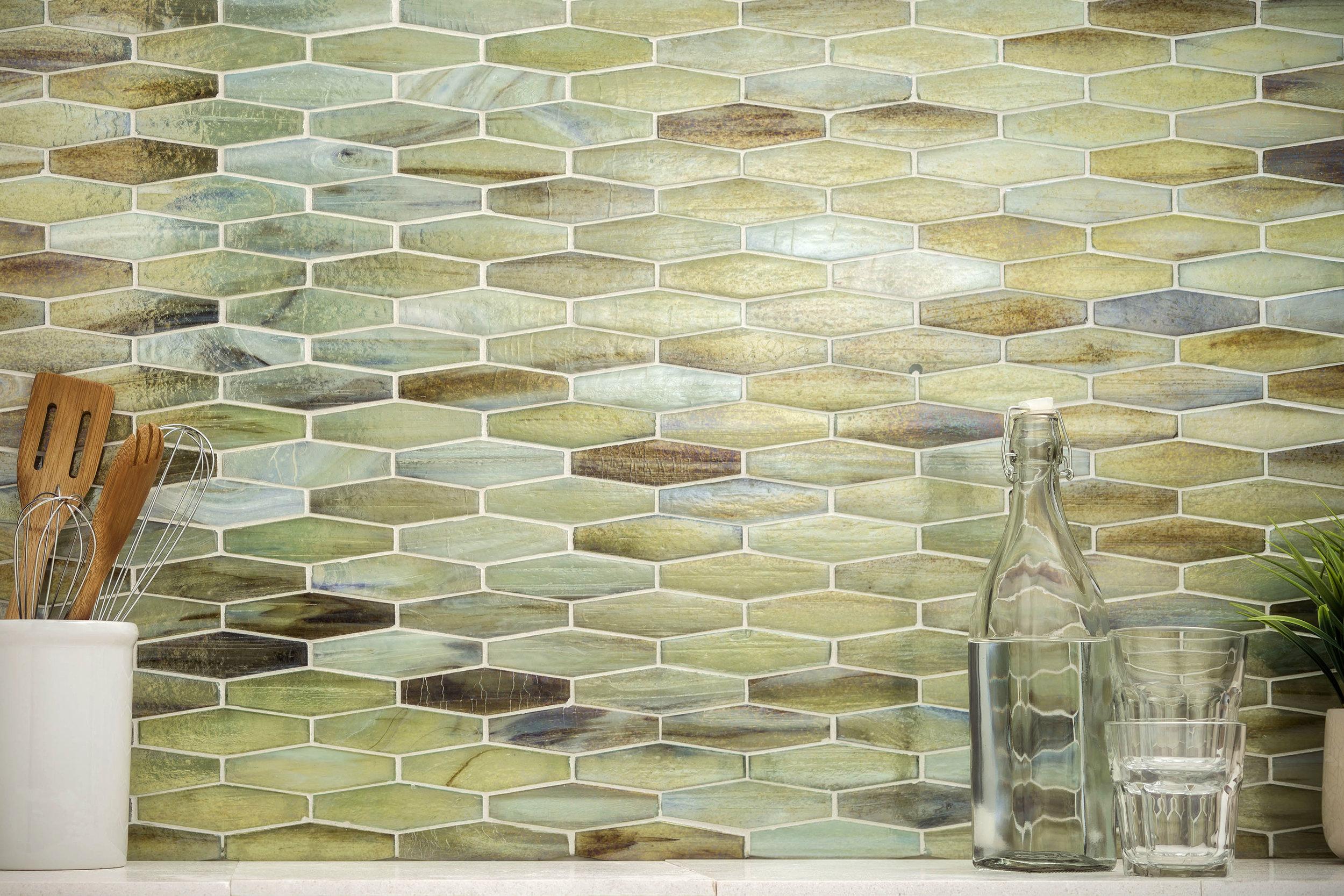SO - Sonoma - Vihara eHex Jade Iridescent - Glass - Kitchen.jpg