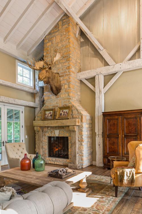 GG- Glen Gery - Landmark Stone Chestnut Limestone - Fireplace.jpg