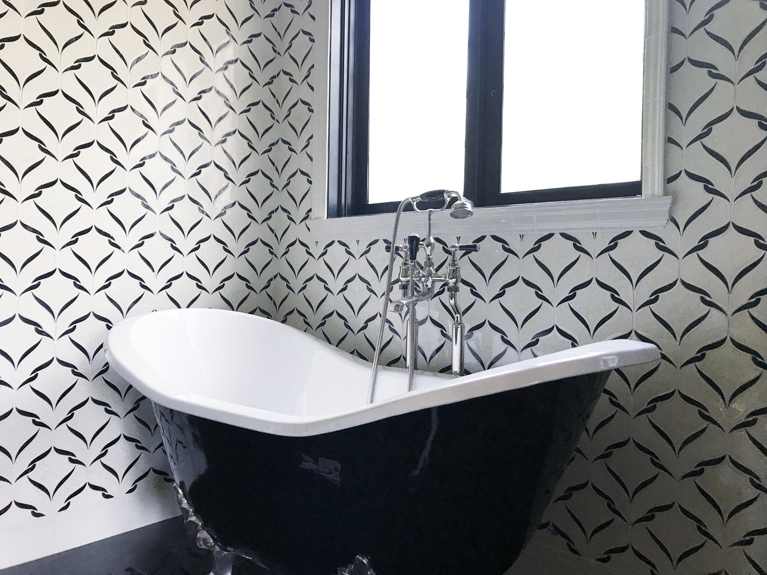 EN - Encore - Belvedere - Mosaic - Bathroom.jpg