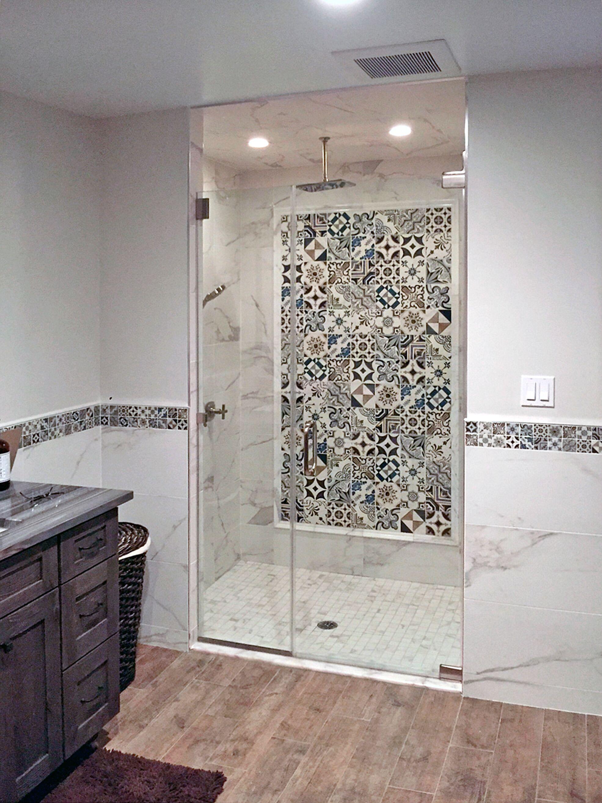 STI - Stone Impressions - Bristol Deco Dots - Natural Stone - Bathroom.jpg