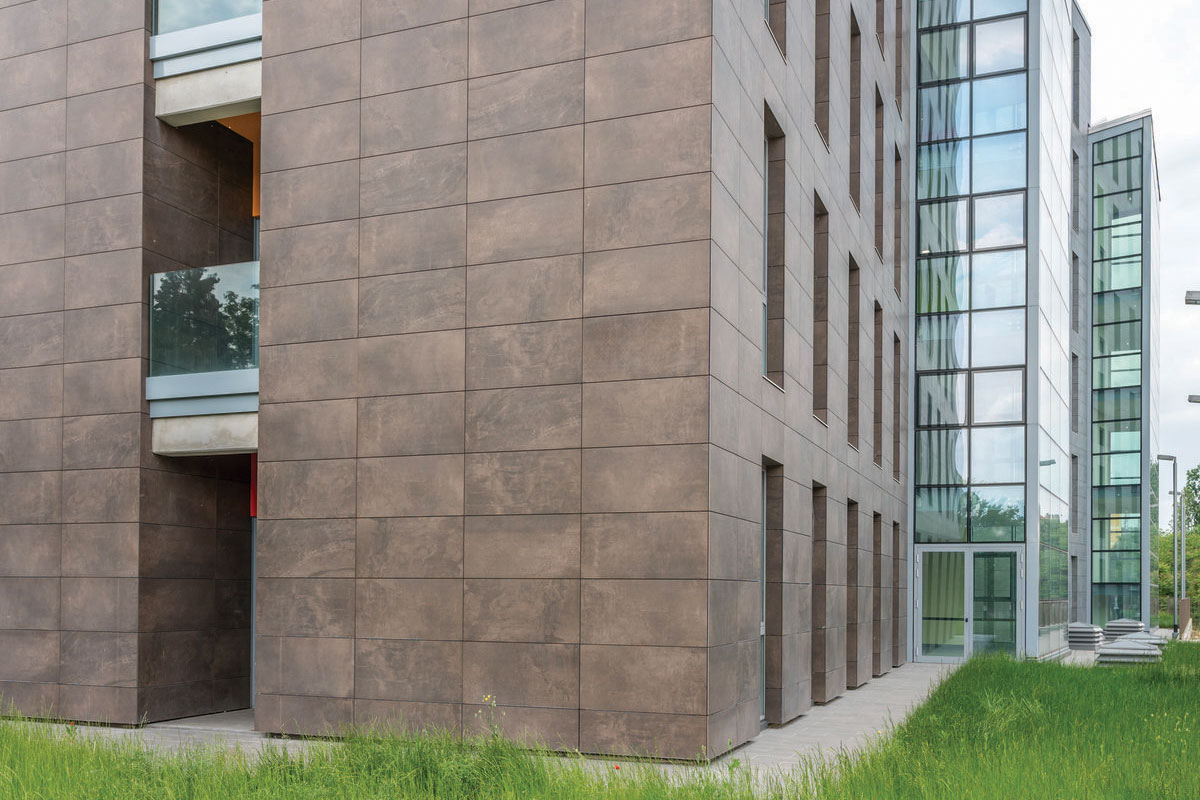 Fiandre Tile large format - Snug Core.jpg