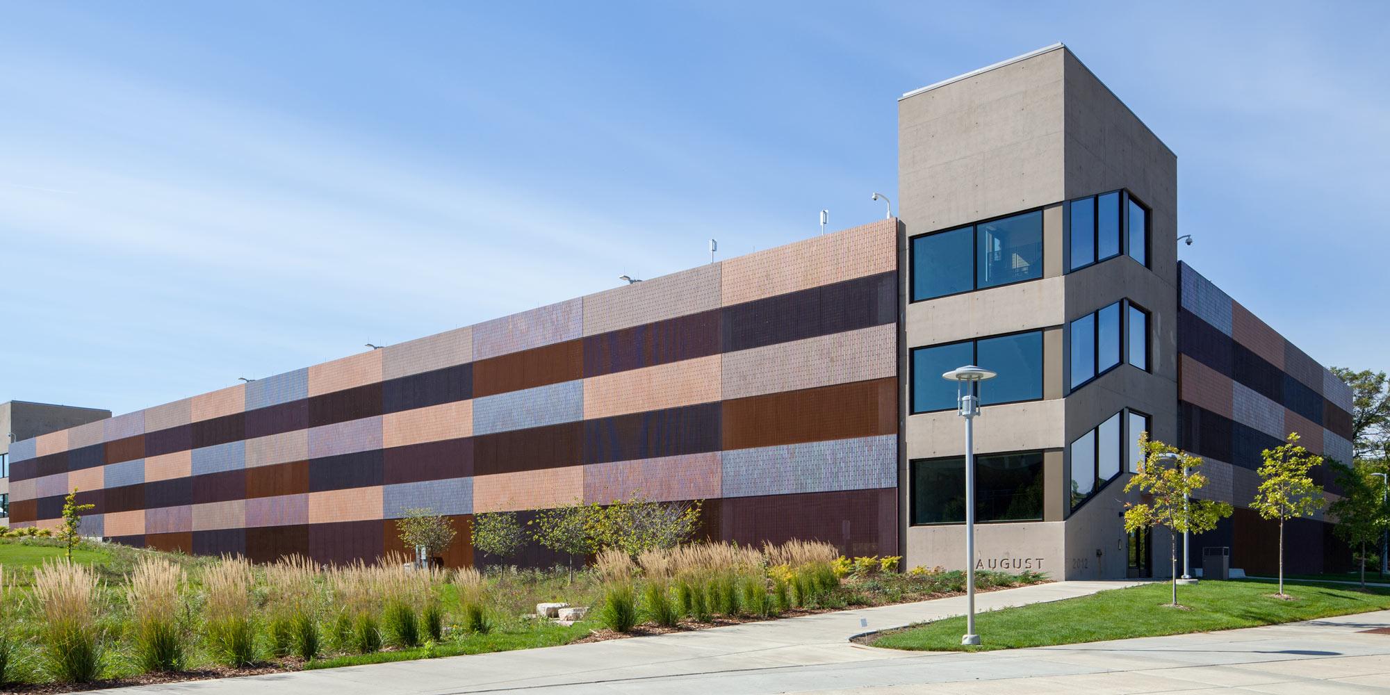 Endicott - Thin Brick - Mult colors - Precast.jpg
