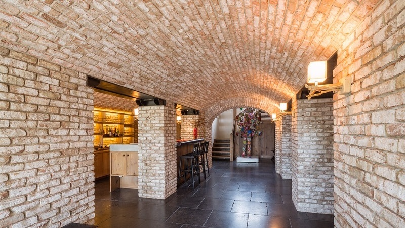 Thin Brick -