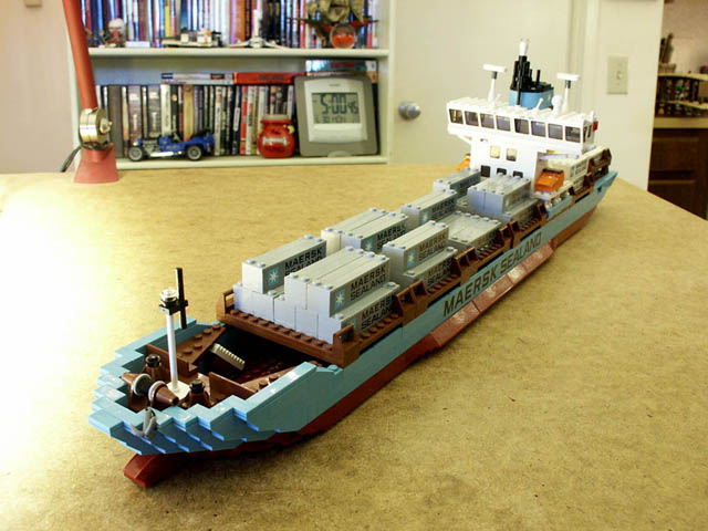 maersk ship.jpg