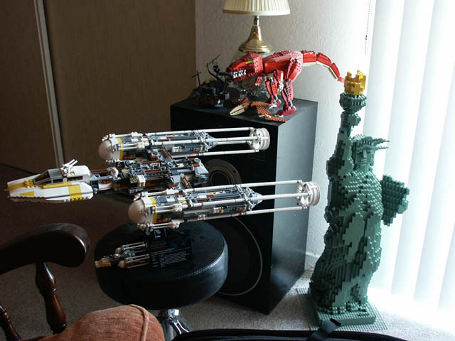 y-wing and lady liberty.jpg