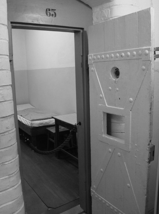 Original Stasi prison cell as shown at the Leipzig Runde Ecke Stasi museum.