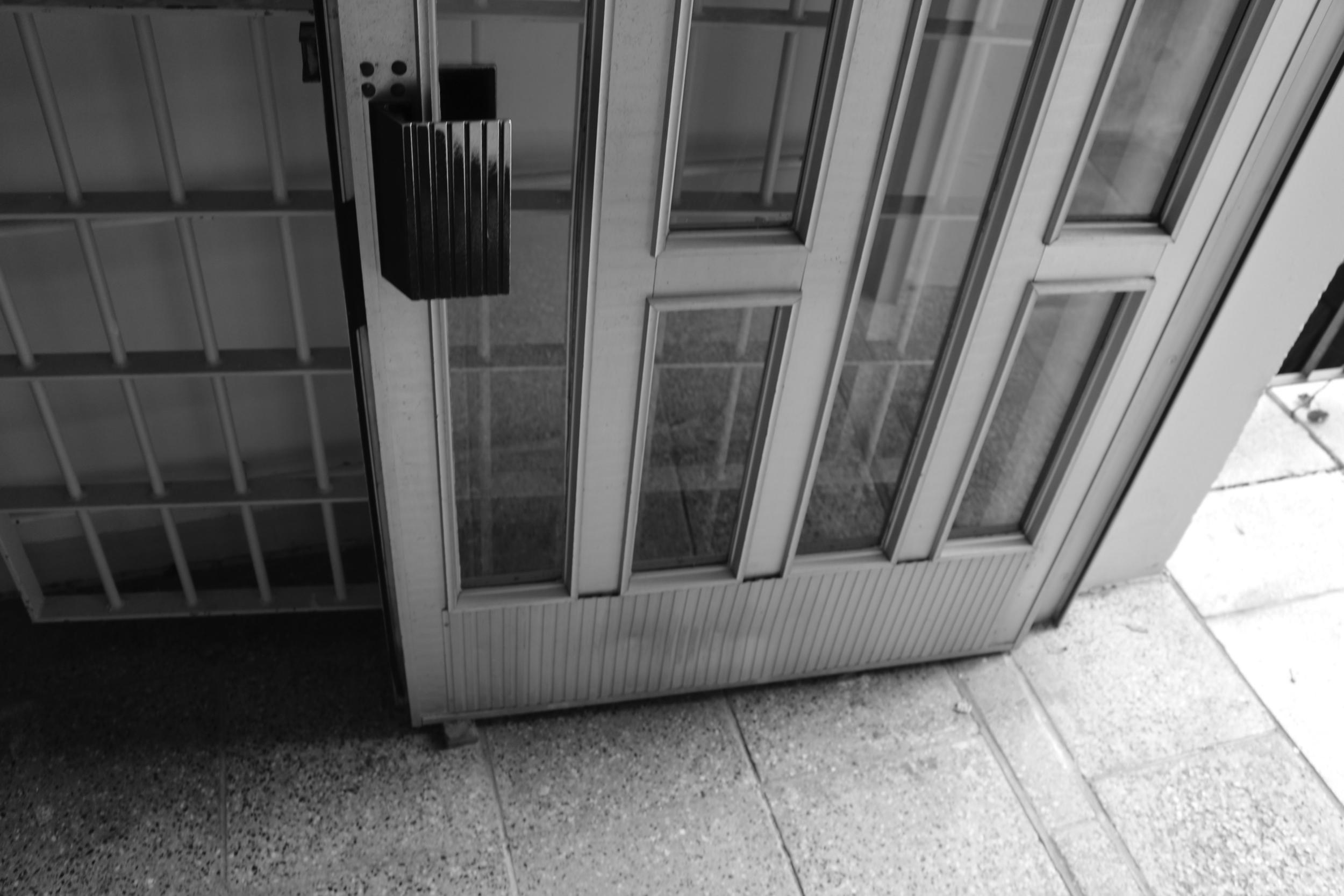 prison-door-naumburg-stasi-prison.jpg