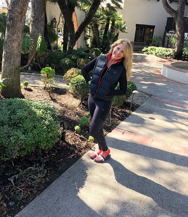 Have you taken a class or private with Darci, Pilates on Purpose owner and founder?! If not - we definitely think you should in the New Year! And if you have already, come on back. 🤗 She radiates love, kindness and positivity and one class with her, you'll definitely see what we mean. Plus! No time is better than the present to treat your body to the amazing power of Pilates. 🥳🎊🎆💗🎉 Happy New Year and May this one be the best one yet! • • • #pilates #lovepilates #orangecounty #costamesa #newportbeach #fitness #pilatesonpurpose #dopilates