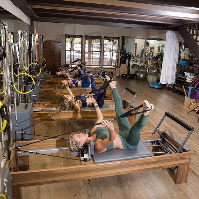 New week, new opportunity to be your best self! 💪🏼 • • • • • #pilates #pilatesonpurpose #pilatesfit #reformer #yoga #health #wellness #newportbeach #costamesa #orangecounty