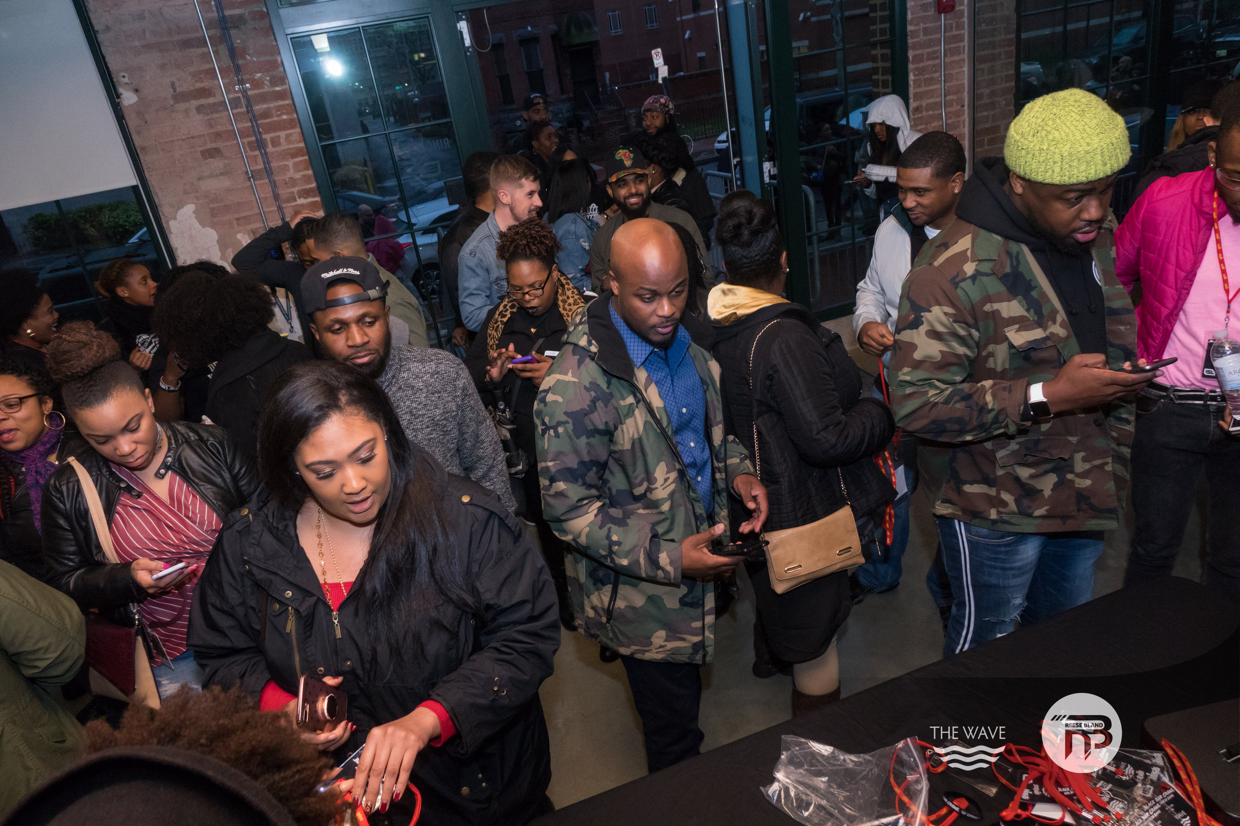 WaveDC-BlackBarCrawl-2-2018-06478.jpg