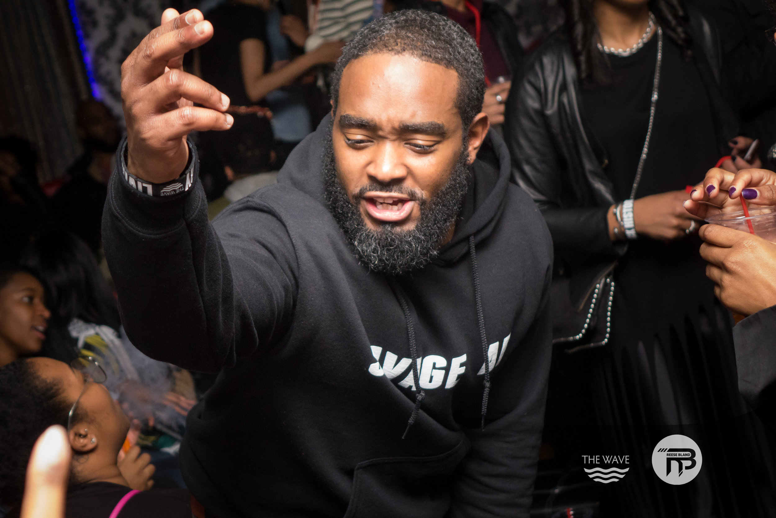 WaveDC-BlackBarCrawl-2-2018-06630.jpg