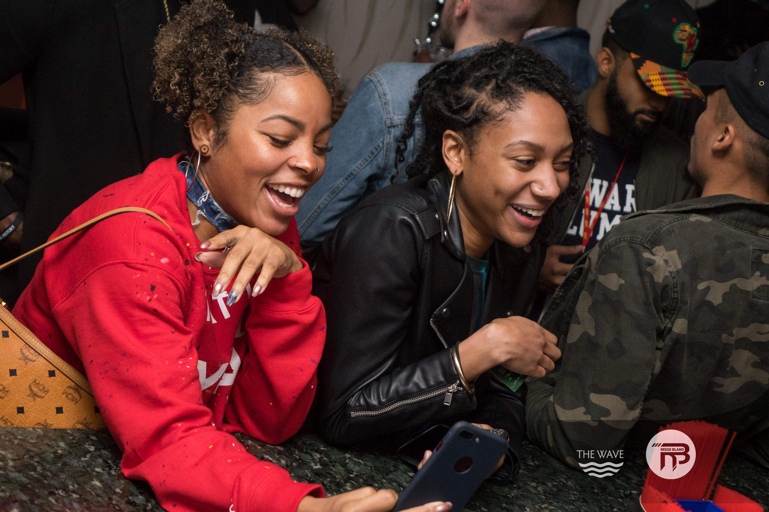 WaveDC-BlackBarCrawl-2-2018-06944.jpg
