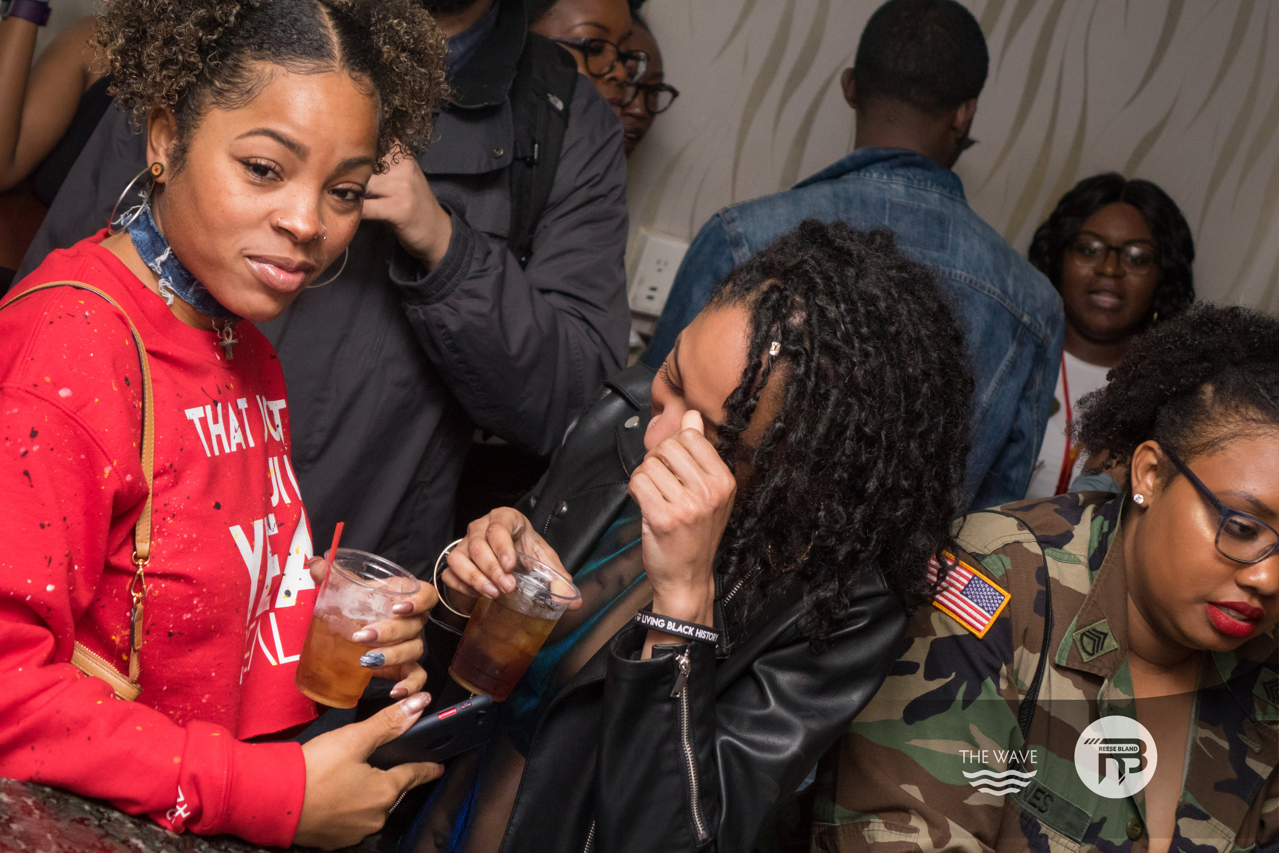 WaveDC-BlackBarCrawl-2-2018-06964.jpg