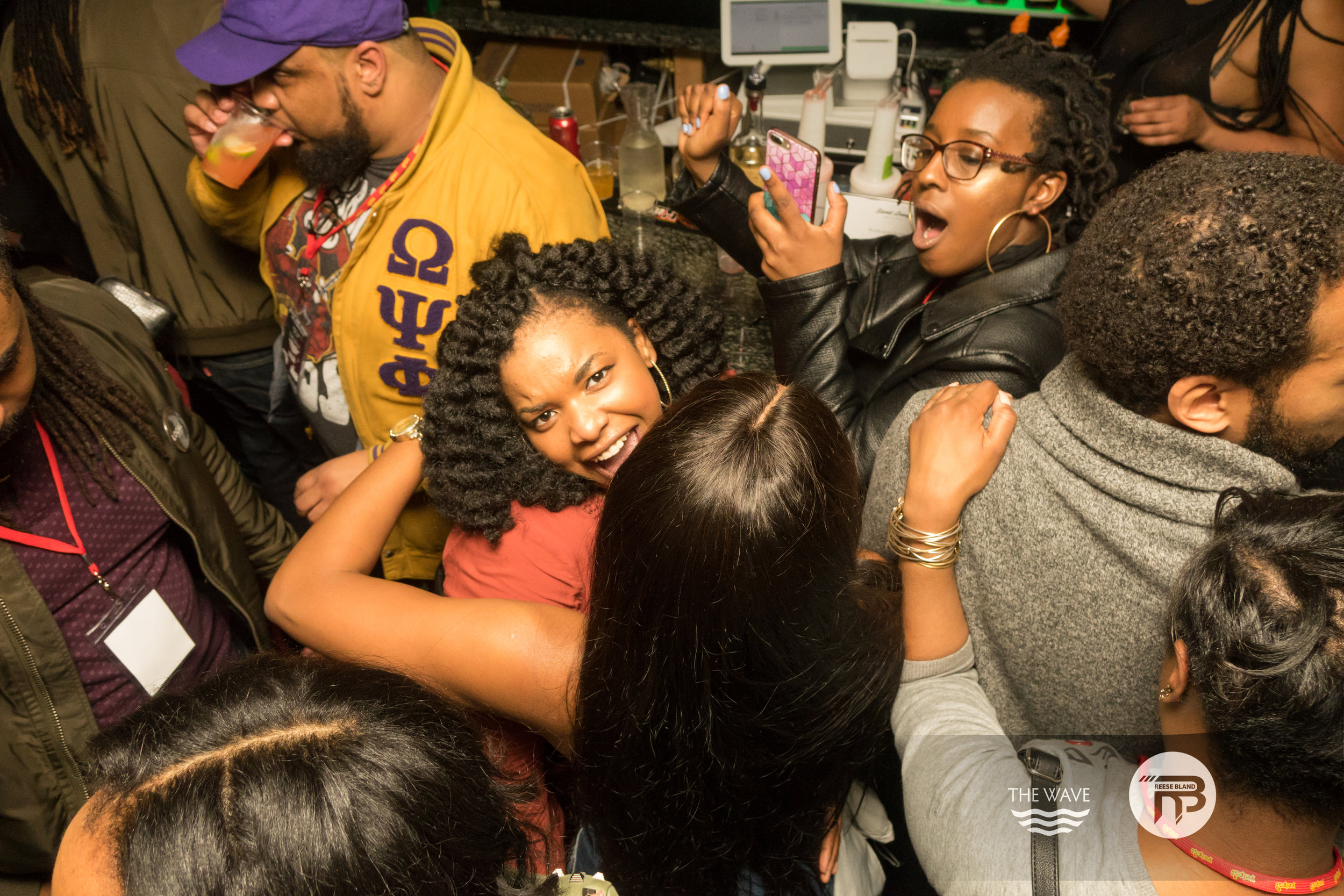 WaveDC-BlackBarCrawl-2-2018-07002.jpg
