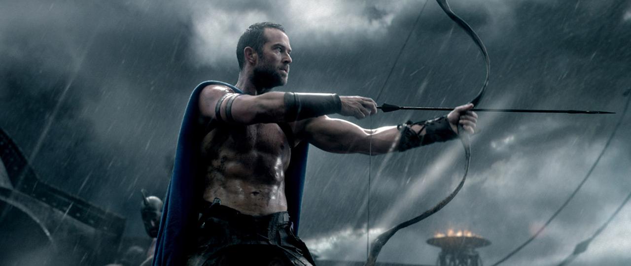 Sullivan Stapleton stars as Themistokles