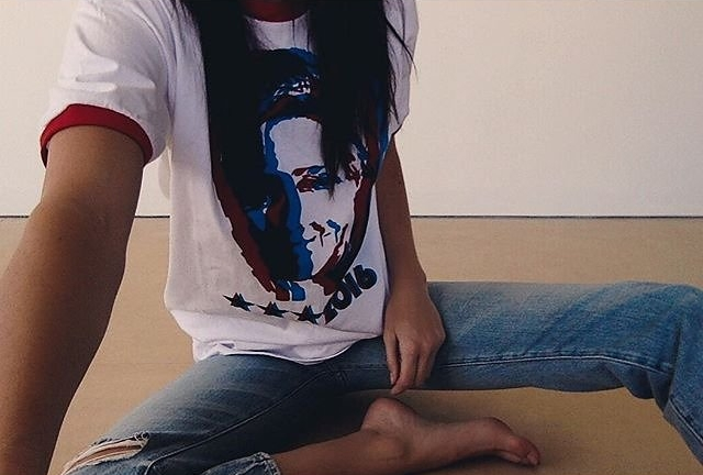 Kendall Jenner's Instagram post, featuring Marc Jacob's Hillary Clinton tee ( source )
