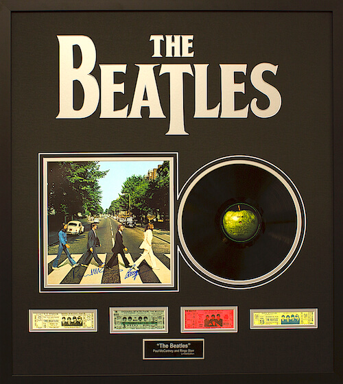 The Beatles Limited Edition Abby Road Record Album (Black).jpg