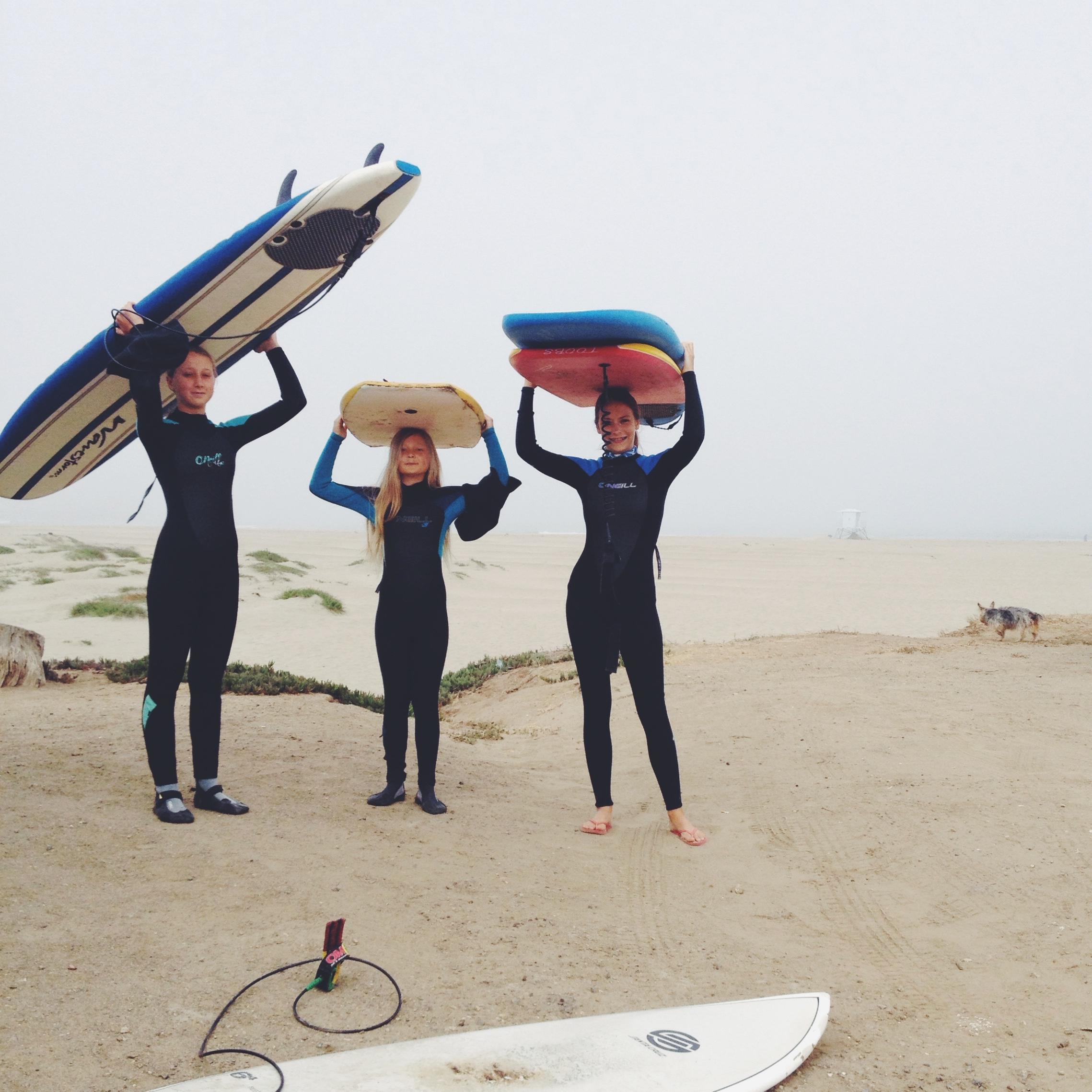 surfer chics