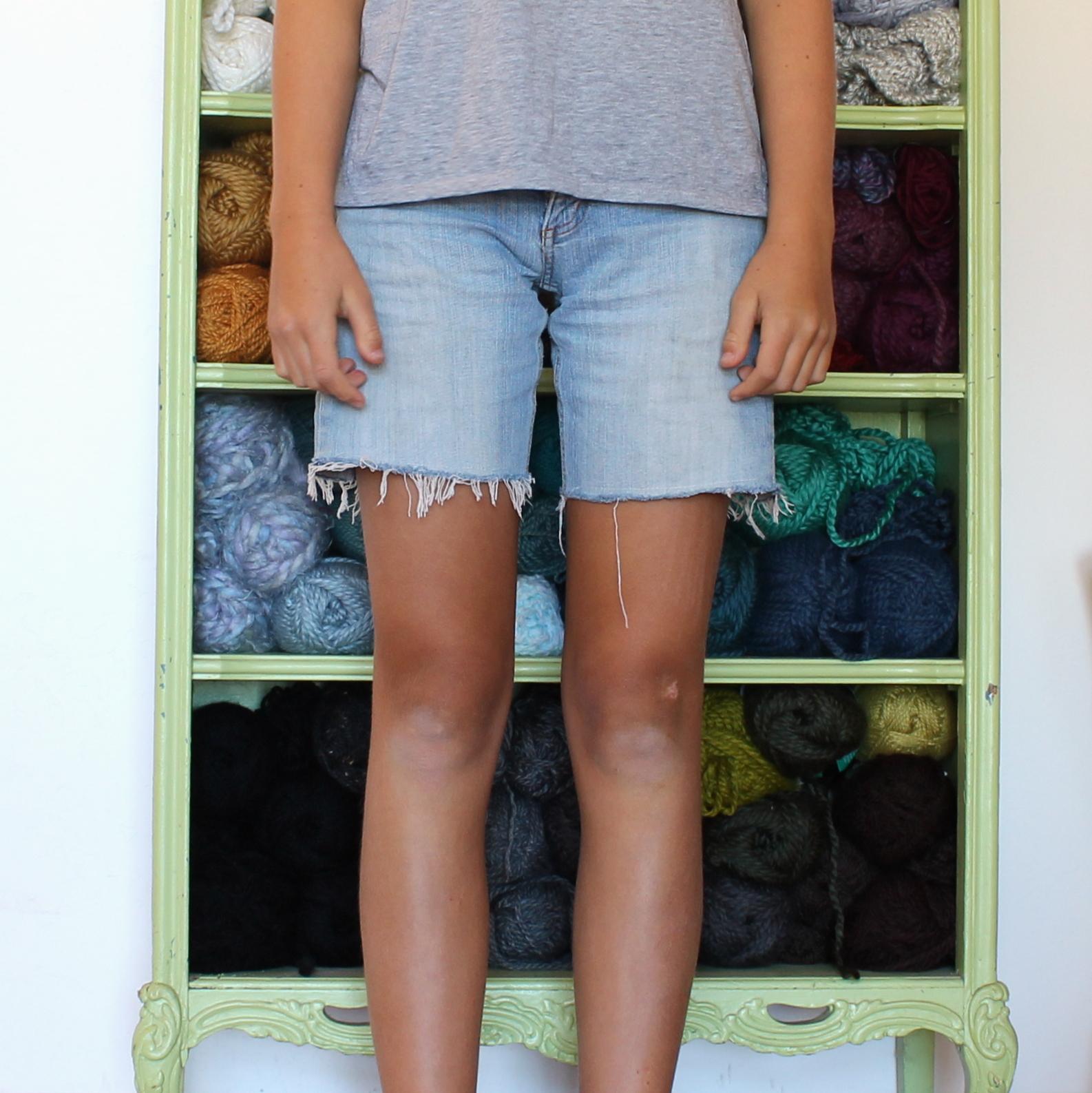 cut off jean shorts sewing tutorial