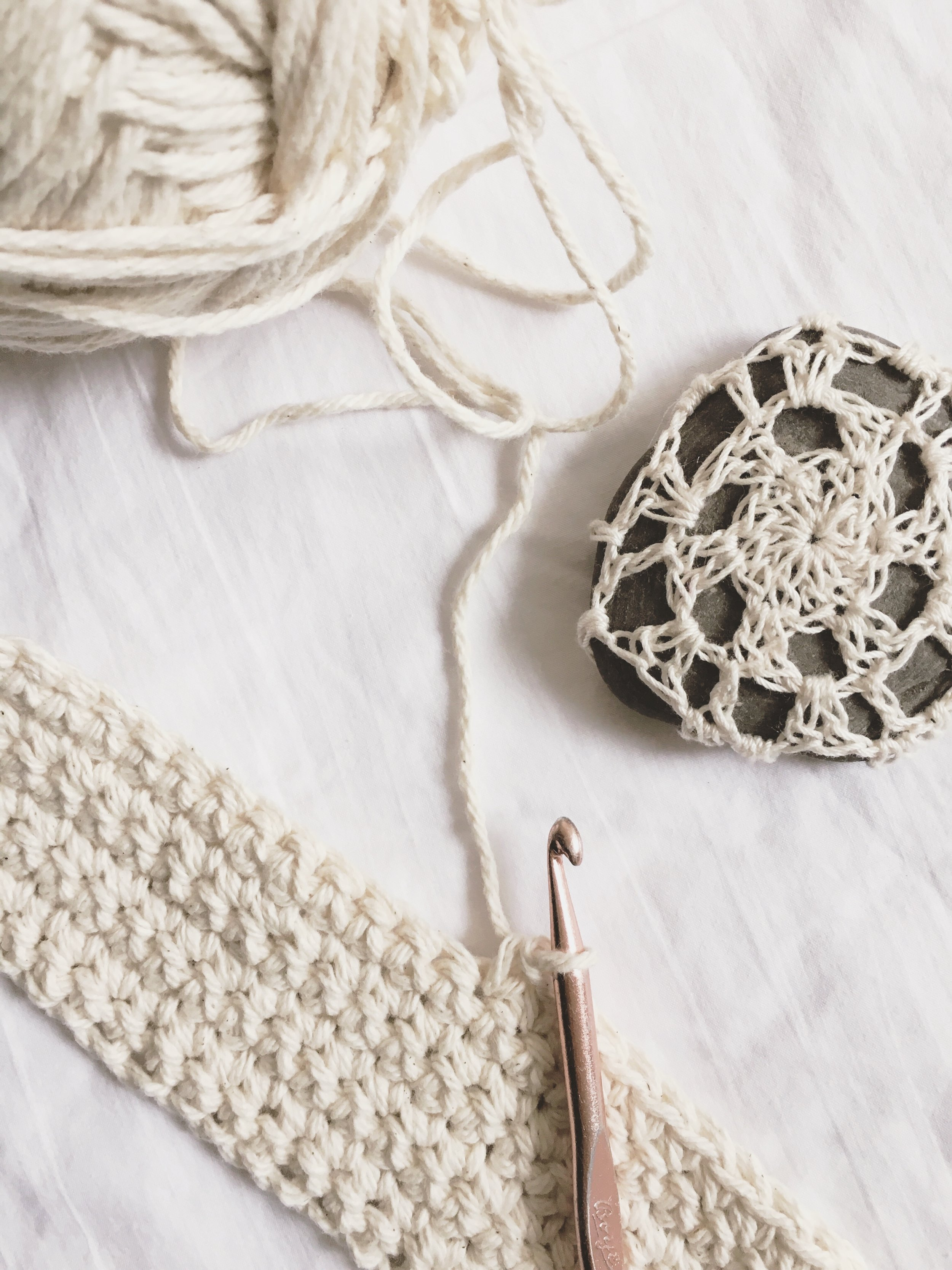 How to Single Crochet! Lessons by Emily from Blue Corduroy