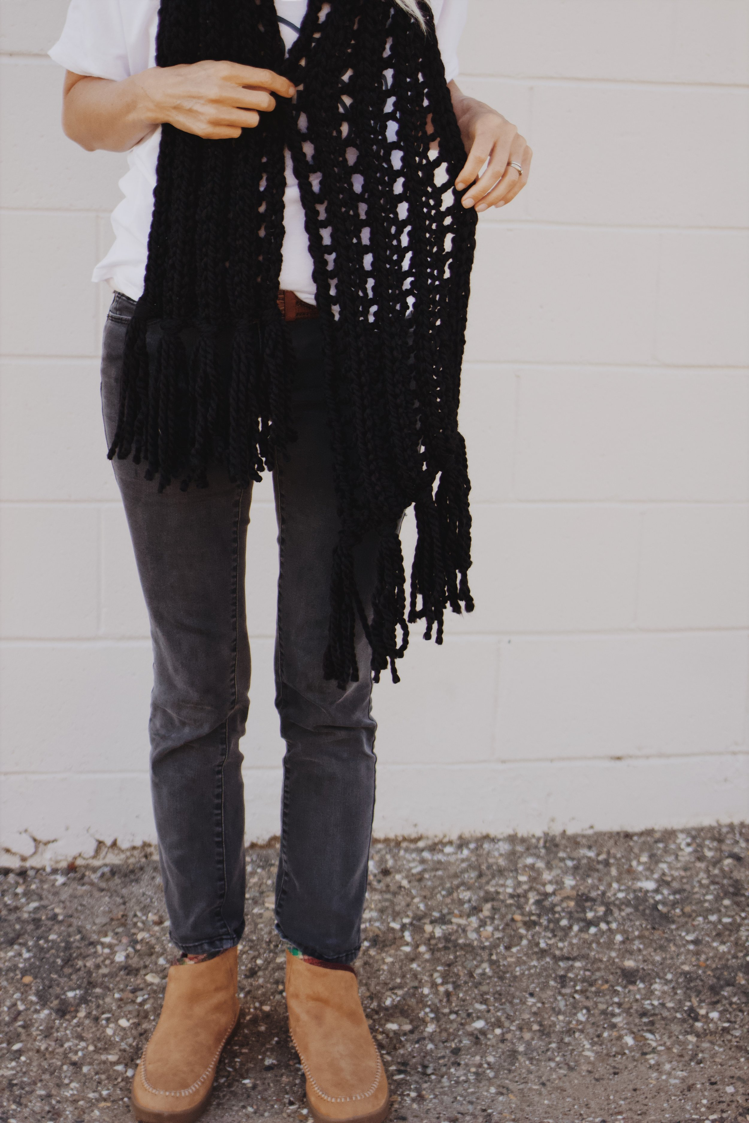 Black winter scarf hand knit by Bluecorduroy.com