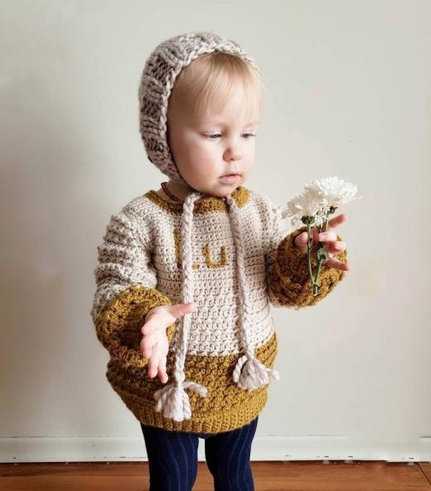 baby initial sweater and hat, gender neutral baby clothes hand made by small businesses Blue Corduroy and Homegrown Knot Co.