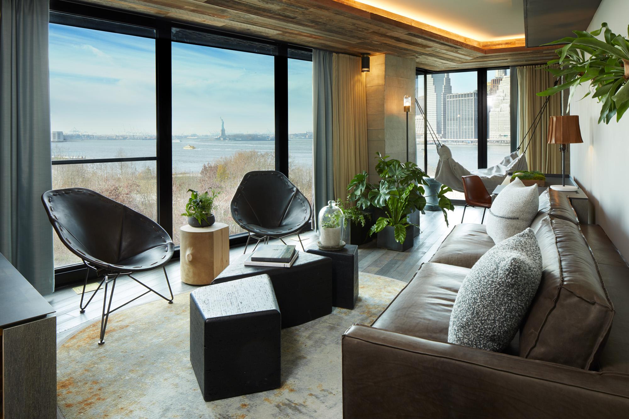 1_Hotel_Brooklyn_Bridge_Suite_Living_Space_LO.jpg