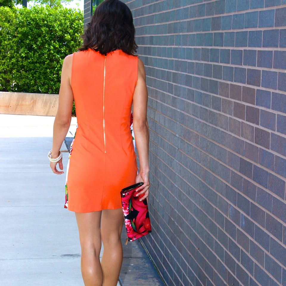 {Orange you glad you get to see it again?}   Tho this dress is tunic style, it still has all kinds of shape and some great curve hugging qualities!