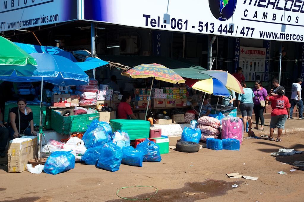 Quidad del Este street scene #3, Paraguay, 17 Apr 2012