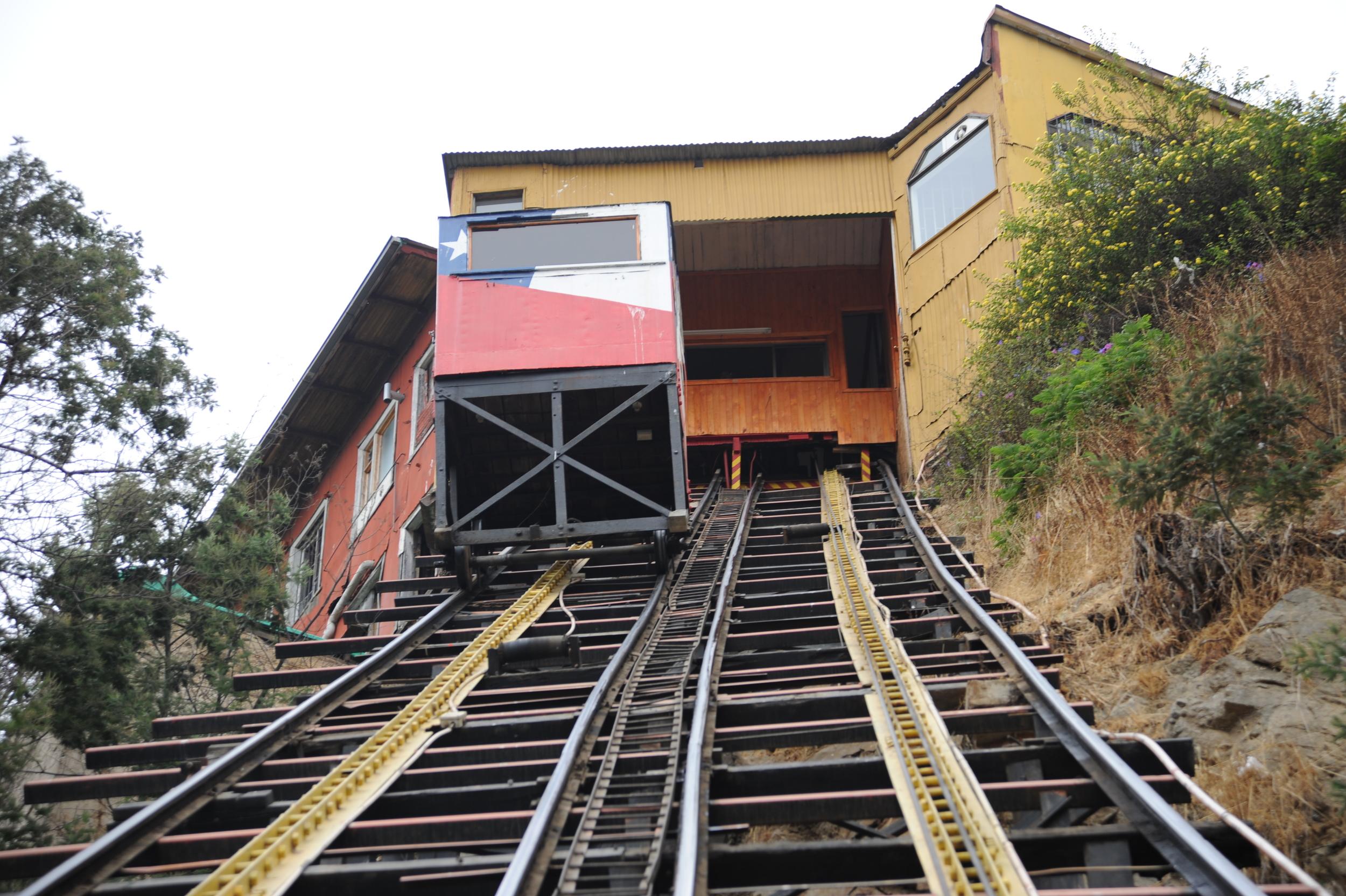 Funicular, Valparaiso, Chile, 27 Mar 2012