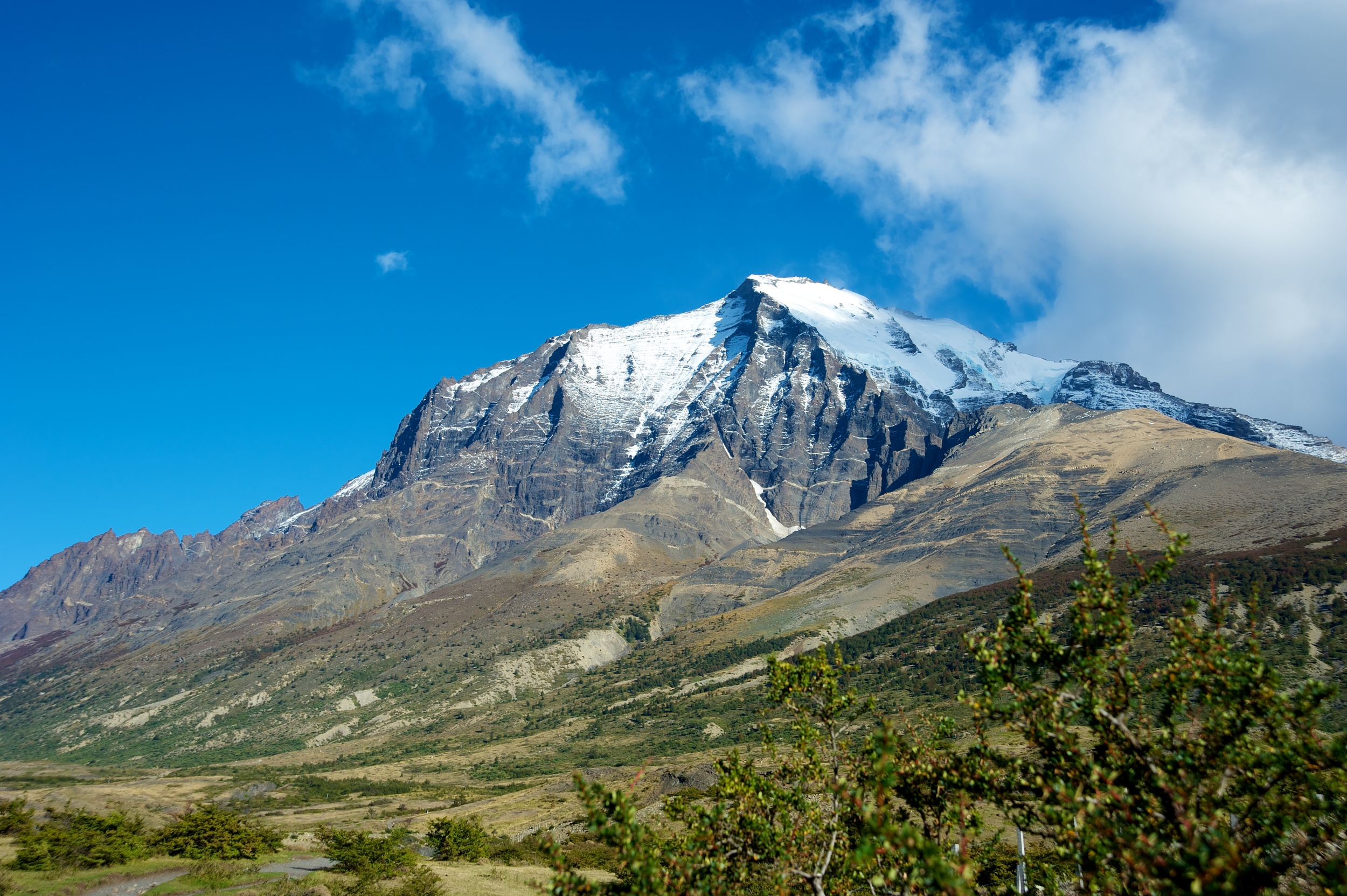 Mountain peak, start of Towers walk, Torres del Paine, Patagonia, Chile, 3 Apr 2012