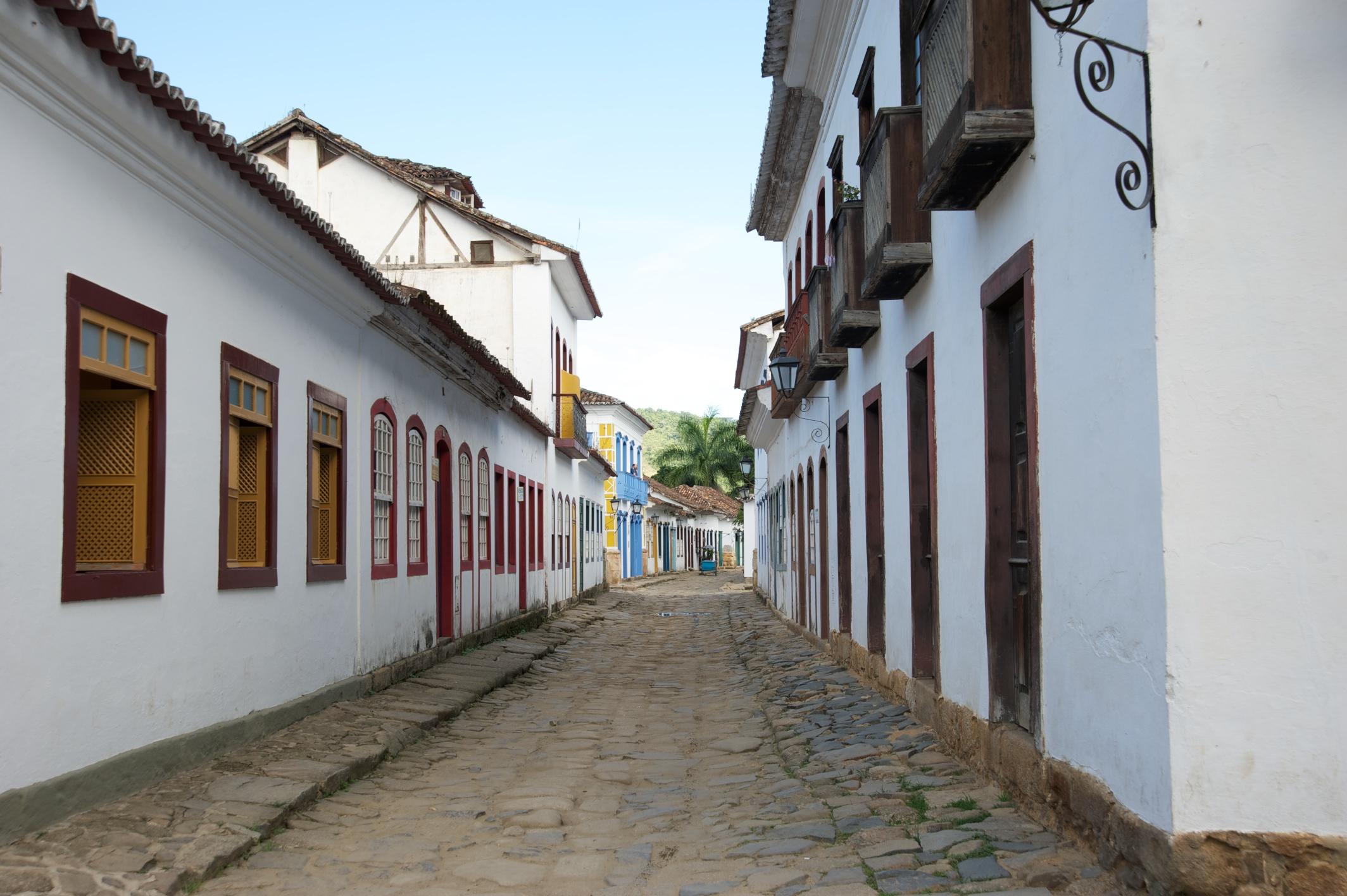 Street scene #7, Paraty, Costa Verde, Brazil, 12 Apr 2012