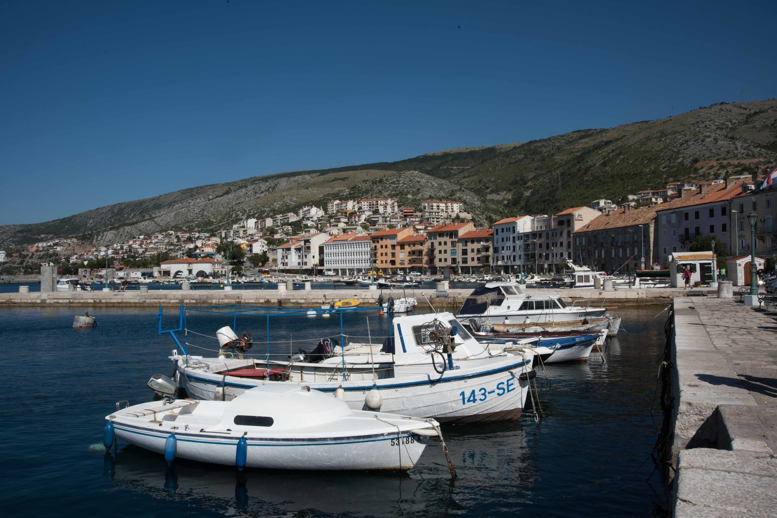 Harbour, Senj