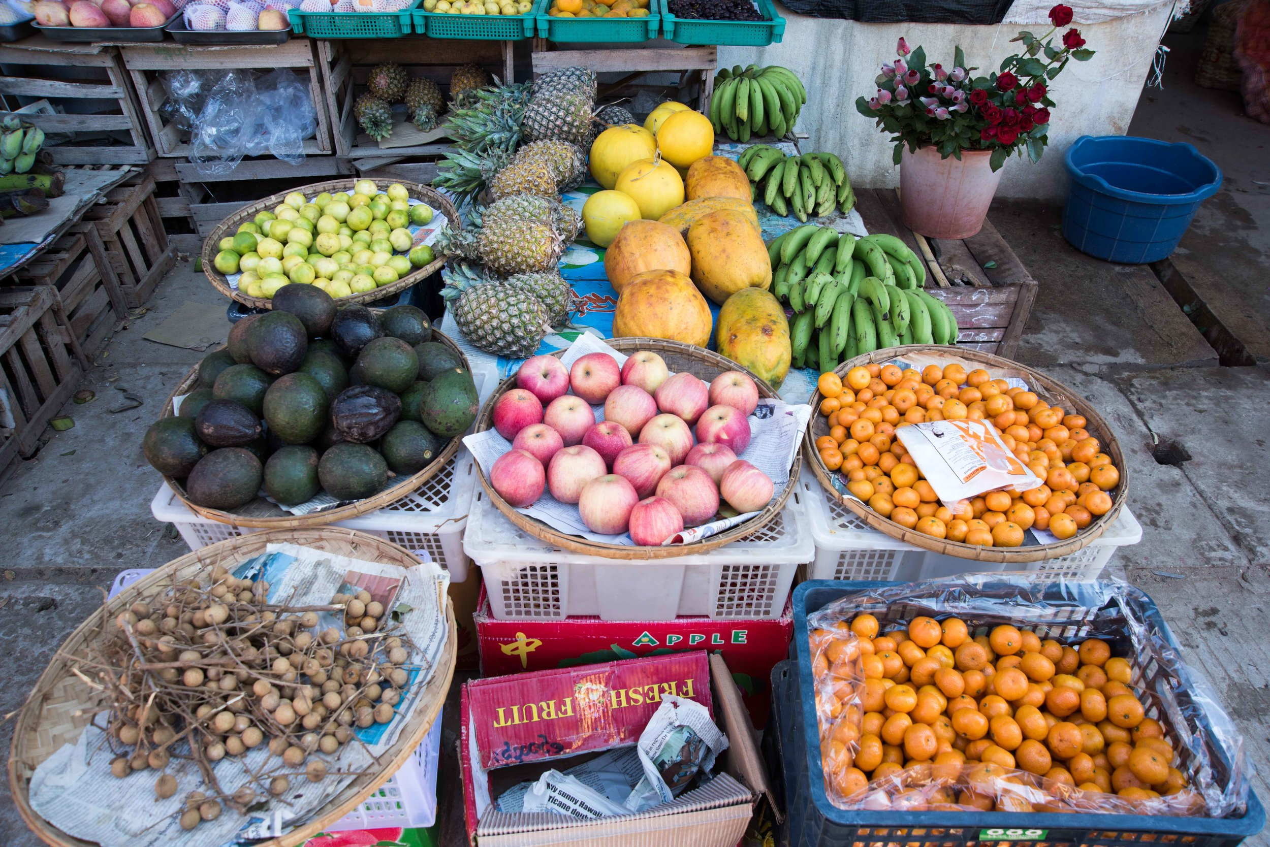 Fruit stall, Farmer's Market, New Bagan, Myanmar, 20 Nov 2017.jpg
