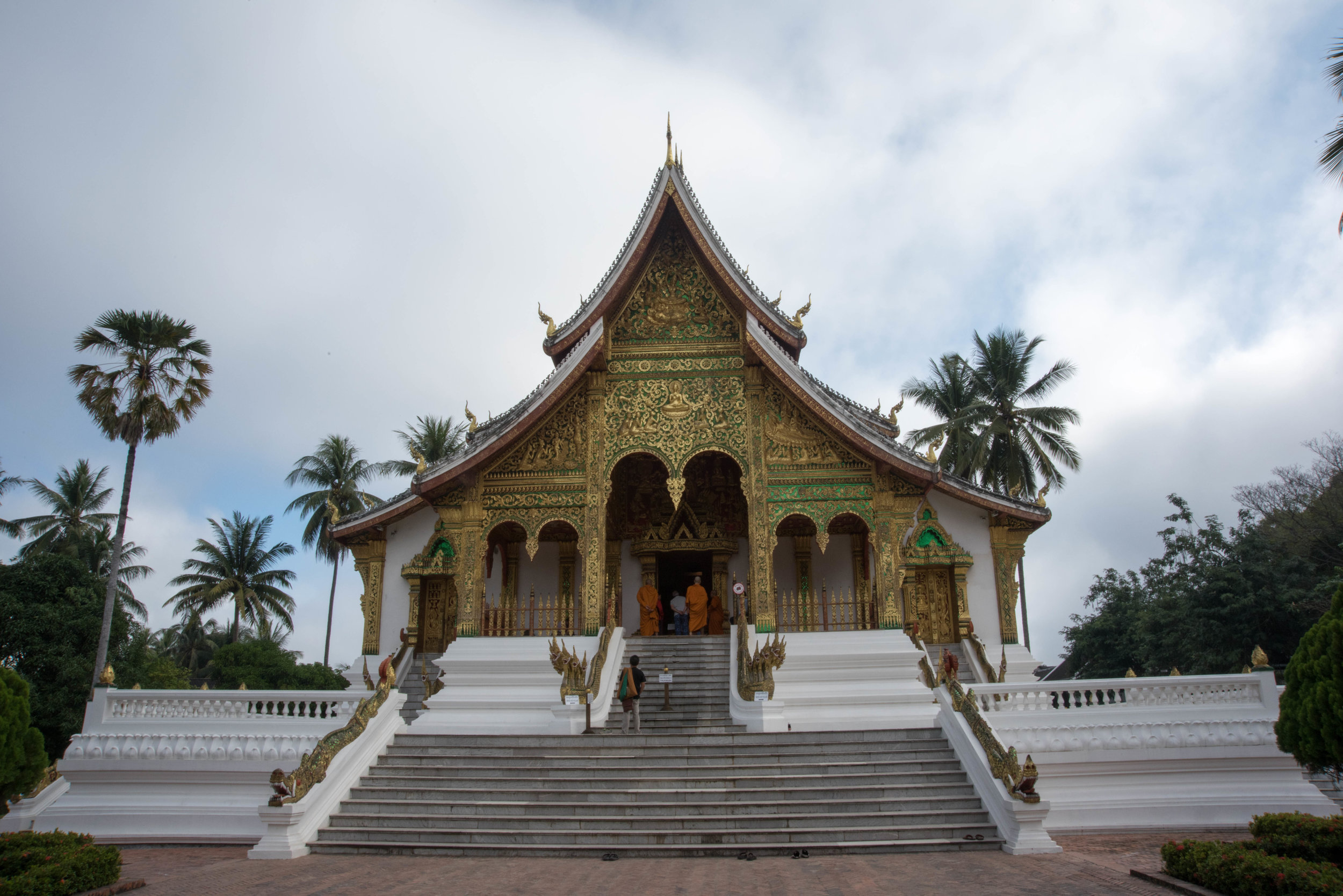 Wat Ho Pha Bang temple in National Museum complex, Luang Prabang, Laos, 1 Dec 2017.jpg