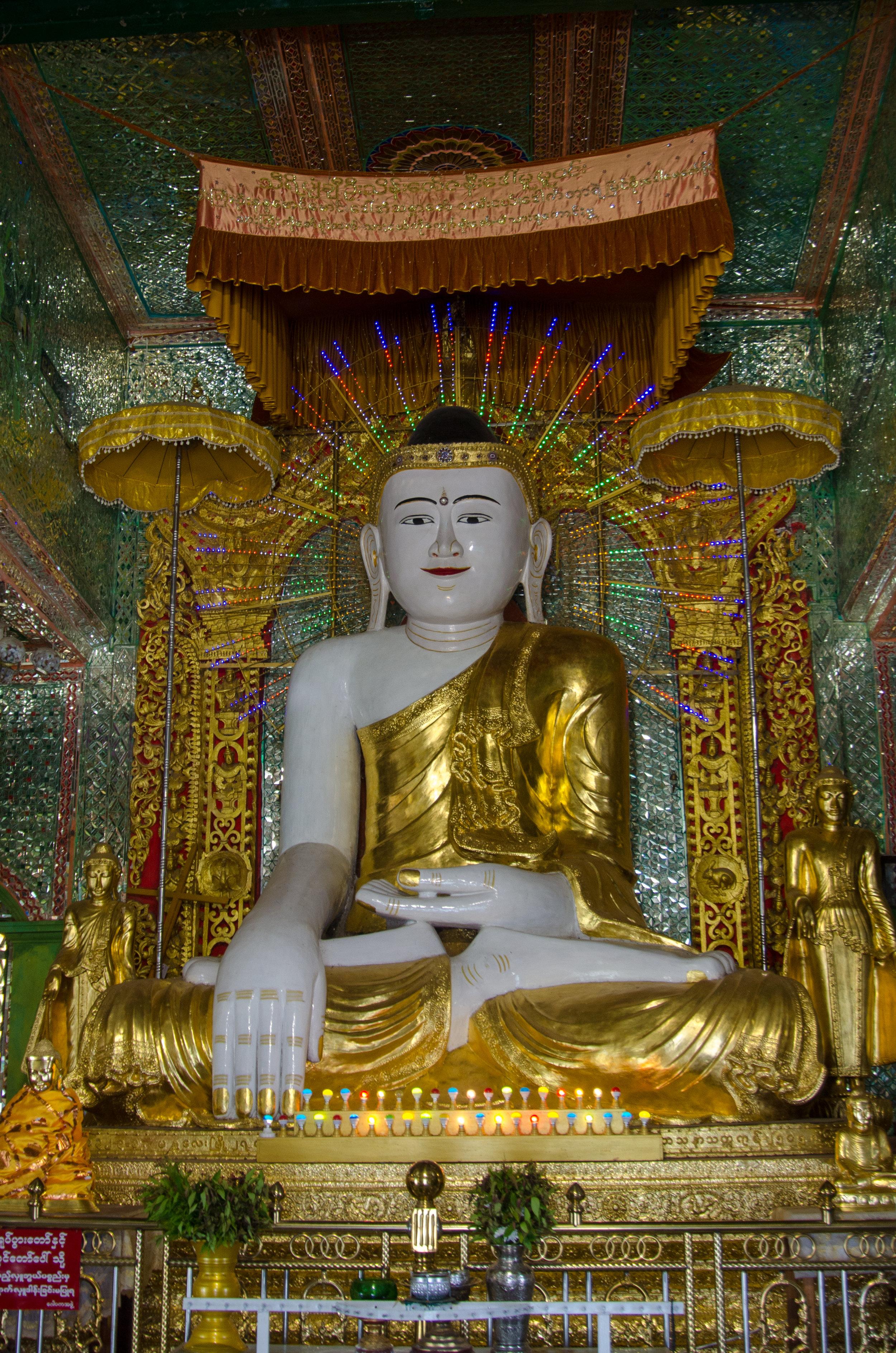 Buddah, Soon U Ponya Shin Pagoda, Sagaing Hills, Mandalay, Myanmar