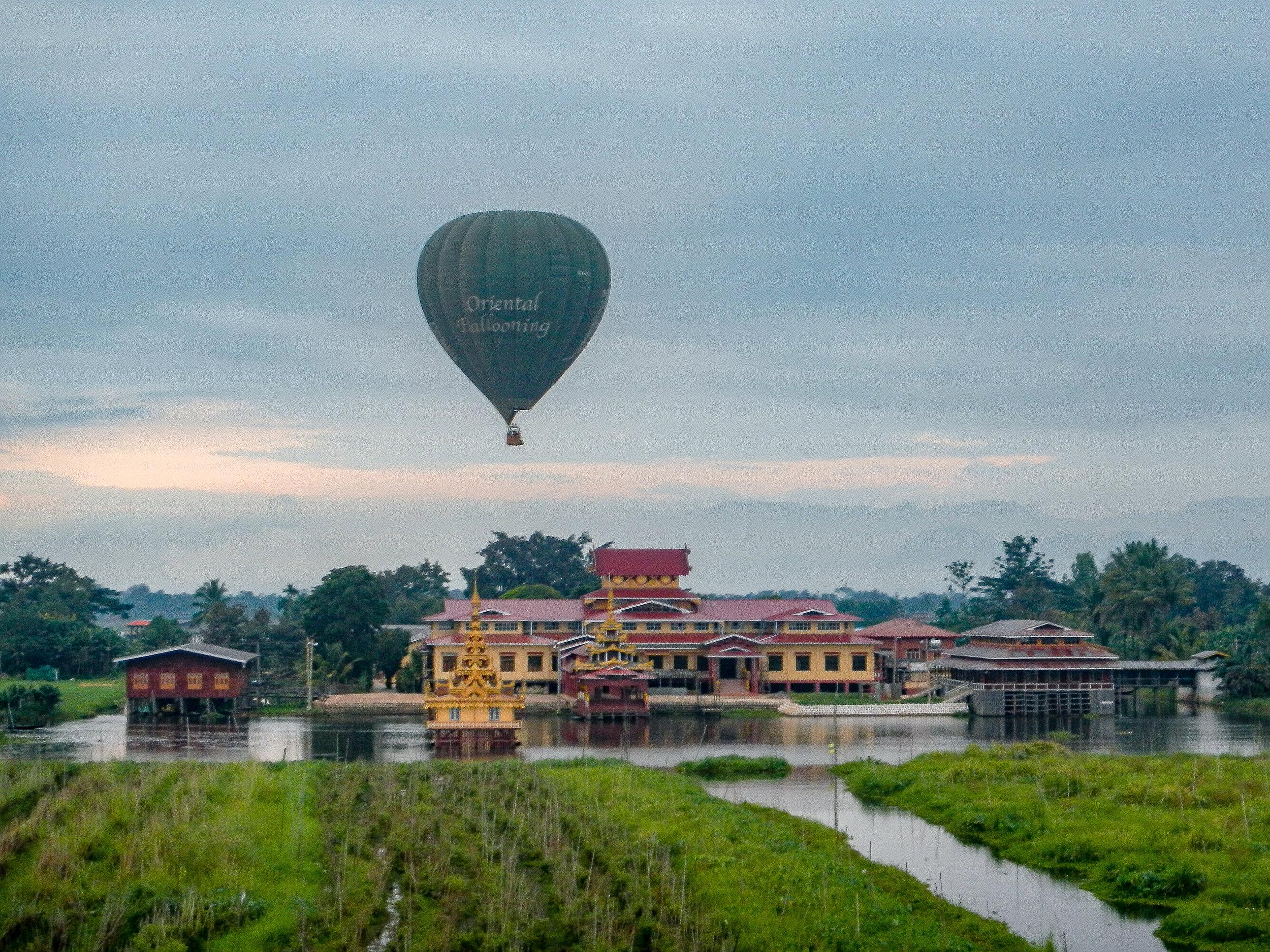 Oriental Ballooning hot-air balloon, Inle Lake, Myanmar