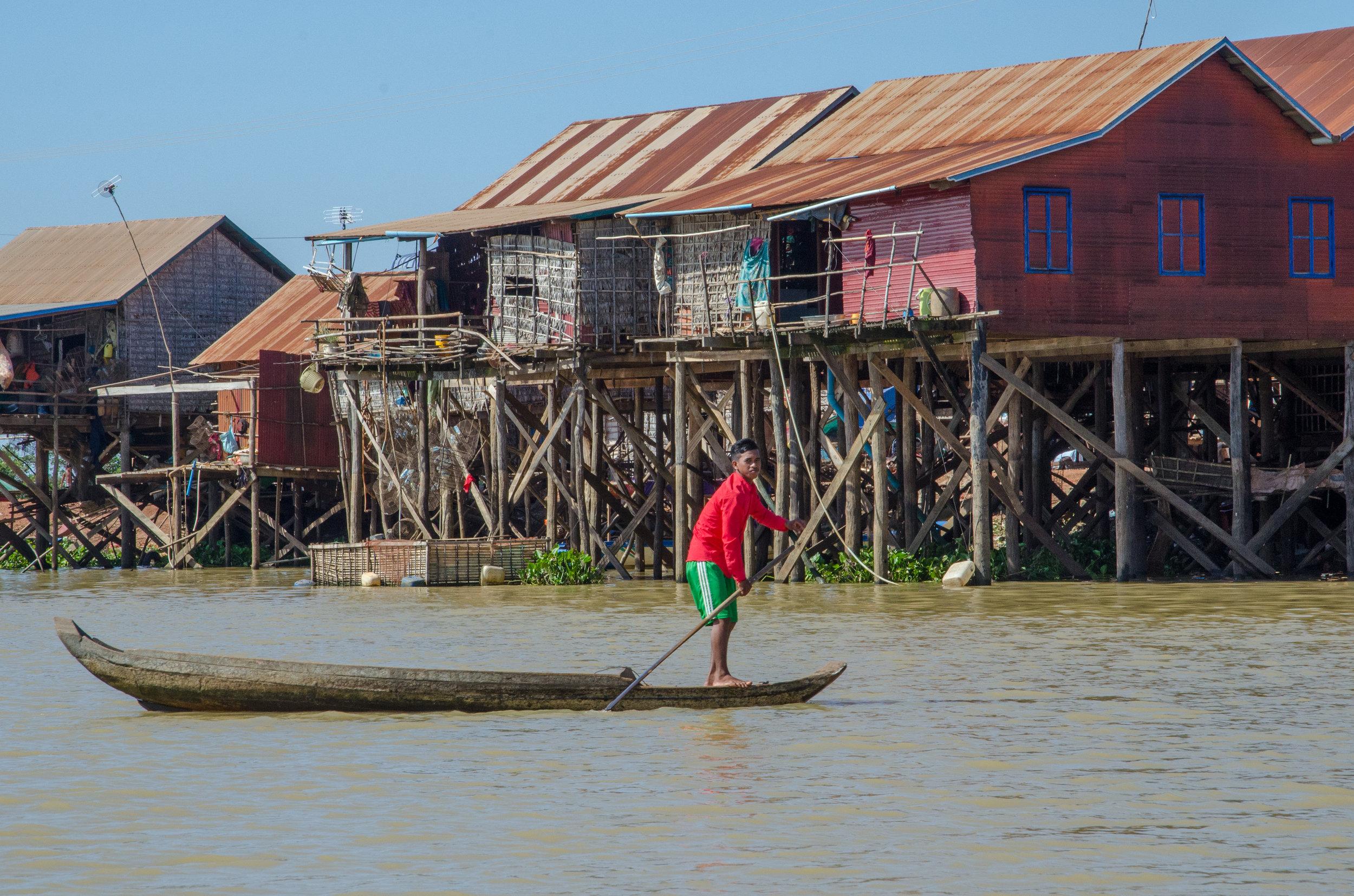 Kompong Khleang village, en route to Tonle Sap Lake, Cambodia