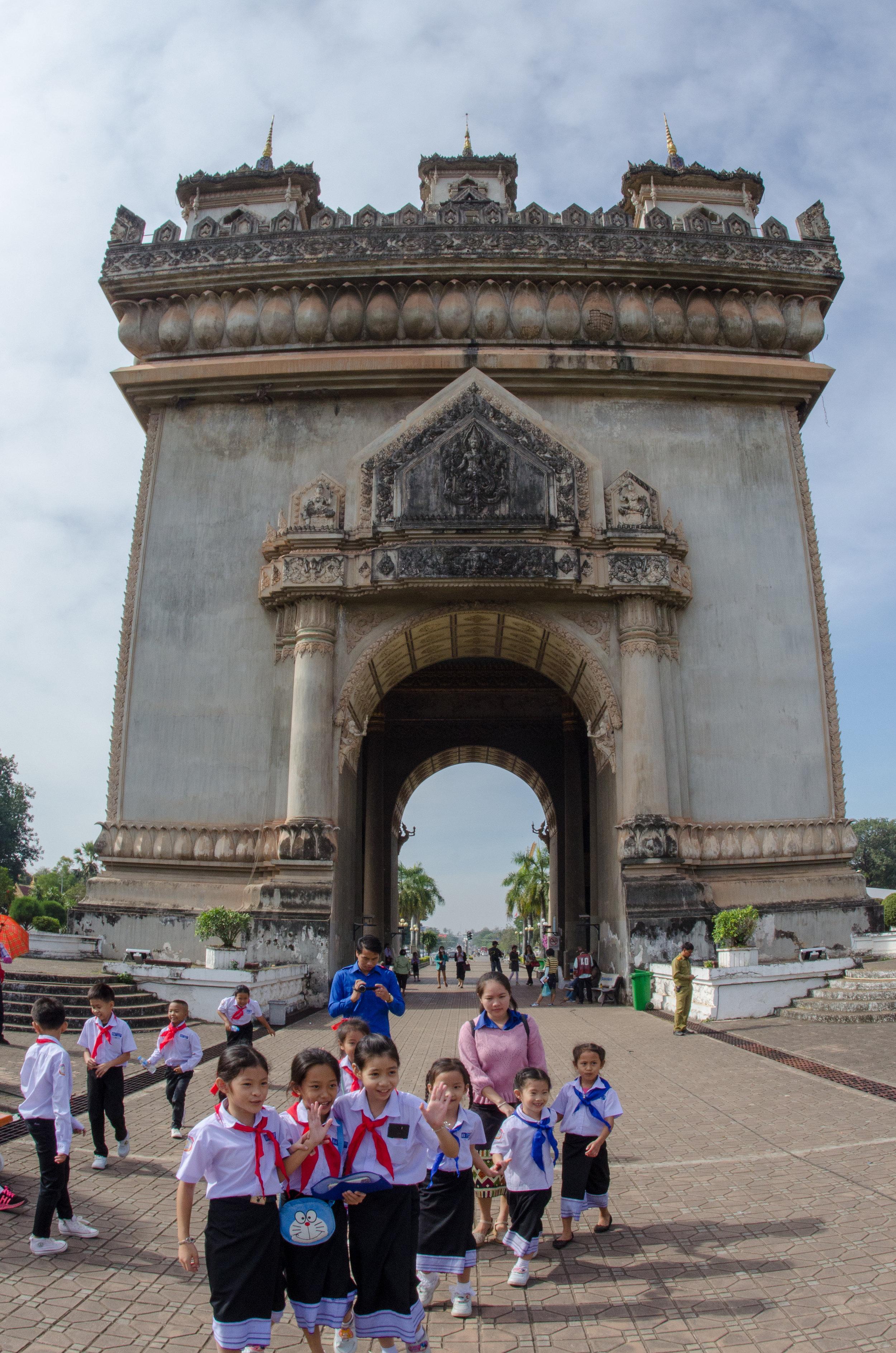 Schoolchildren, Patuxai (Victory Gate), Vientiane, Laos