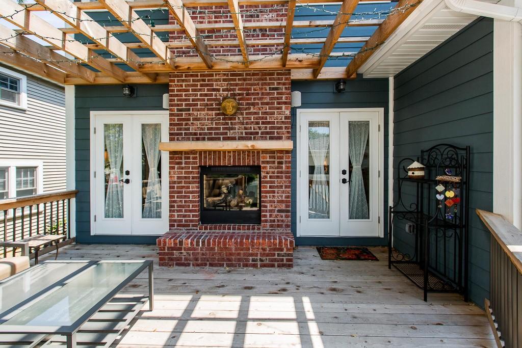 Outdoor fireplace patio design